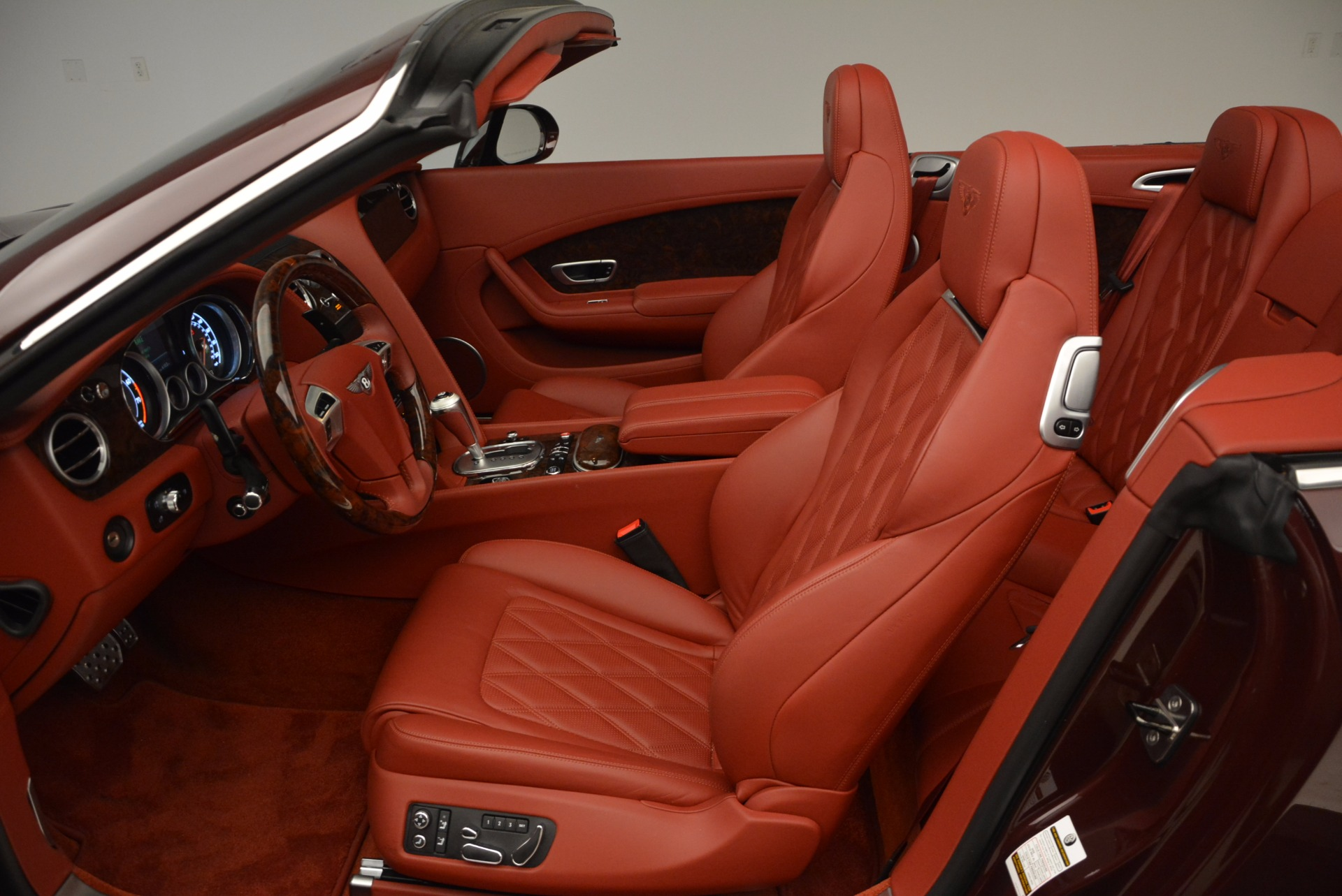 Used 2014 Bentley Continental GT W12 For Sale In Greenwich, CT. Alfa Romeo of Greenwich, 7276 1516_p31