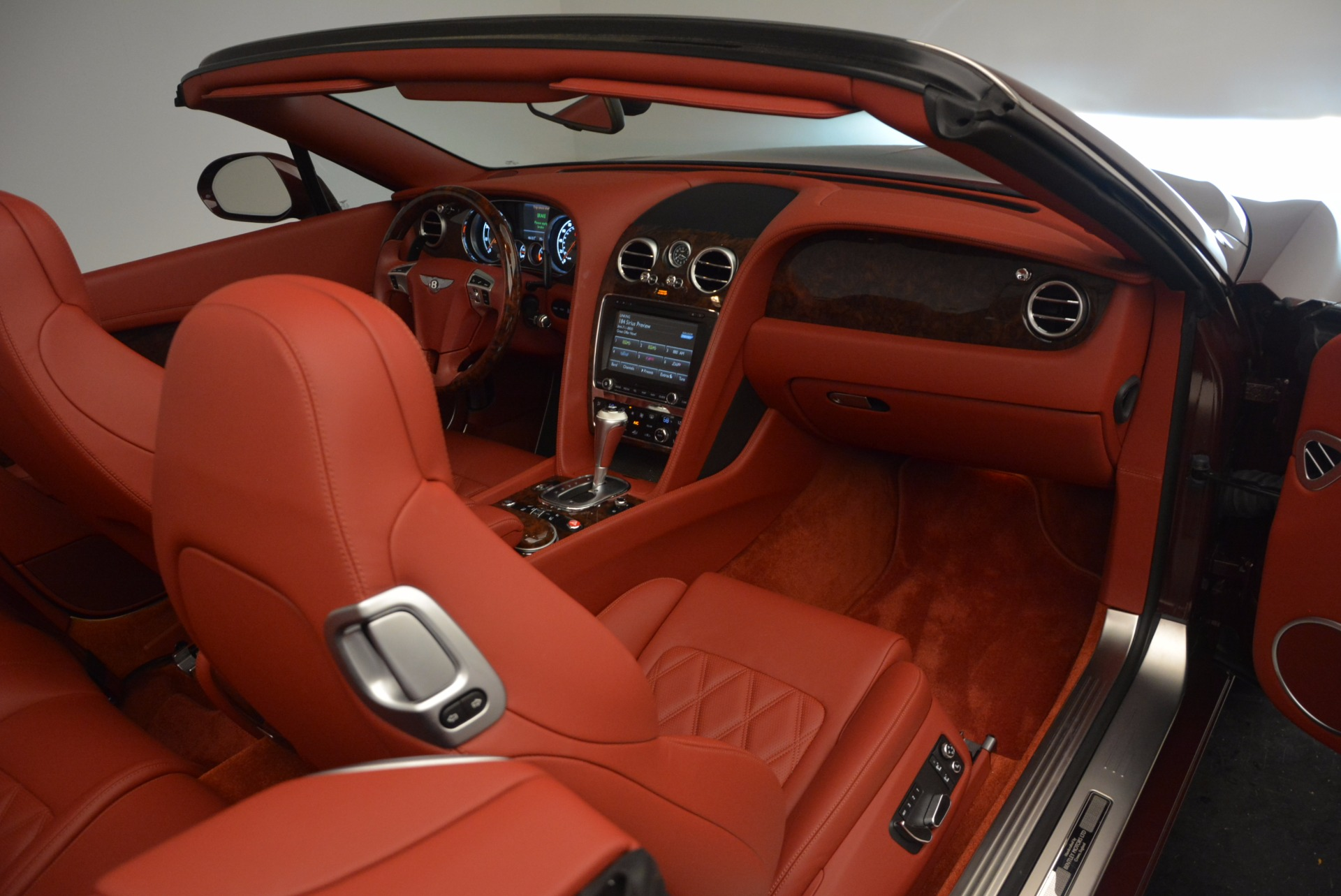 Used 2014 Bentley Continental GT W12 For Sale In Greenwich, CT. Alfa Romeo of Greenwich, 7276 1516_p42