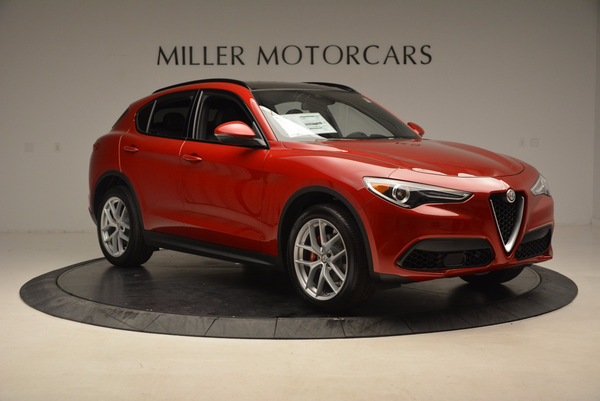 New 2018 Alfa Romeo Stelvio Ti Sport Q4 For Sale In Greenwich, CT. Alfa Romeo of Greenwich, L221 1521_p11