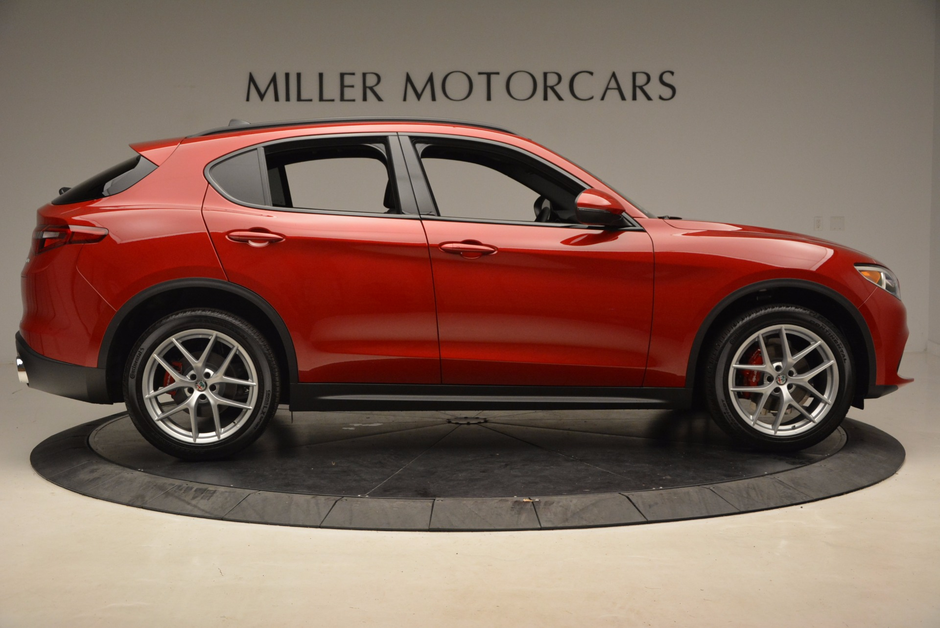 New 2018 Alfa Romeo Stelvio Ti Sport Q4 For Sale In Greenwich, CT. Alfa Romeo of Greenwich, L221 1521_p9