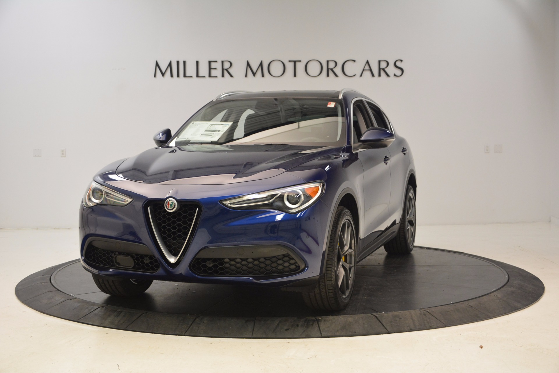 New 2018 Alfa Romeo Stelvio Ti Q4 For Sale In Greenwich, CT. Alfa Romeo of Greenwich, LW037 1524_main