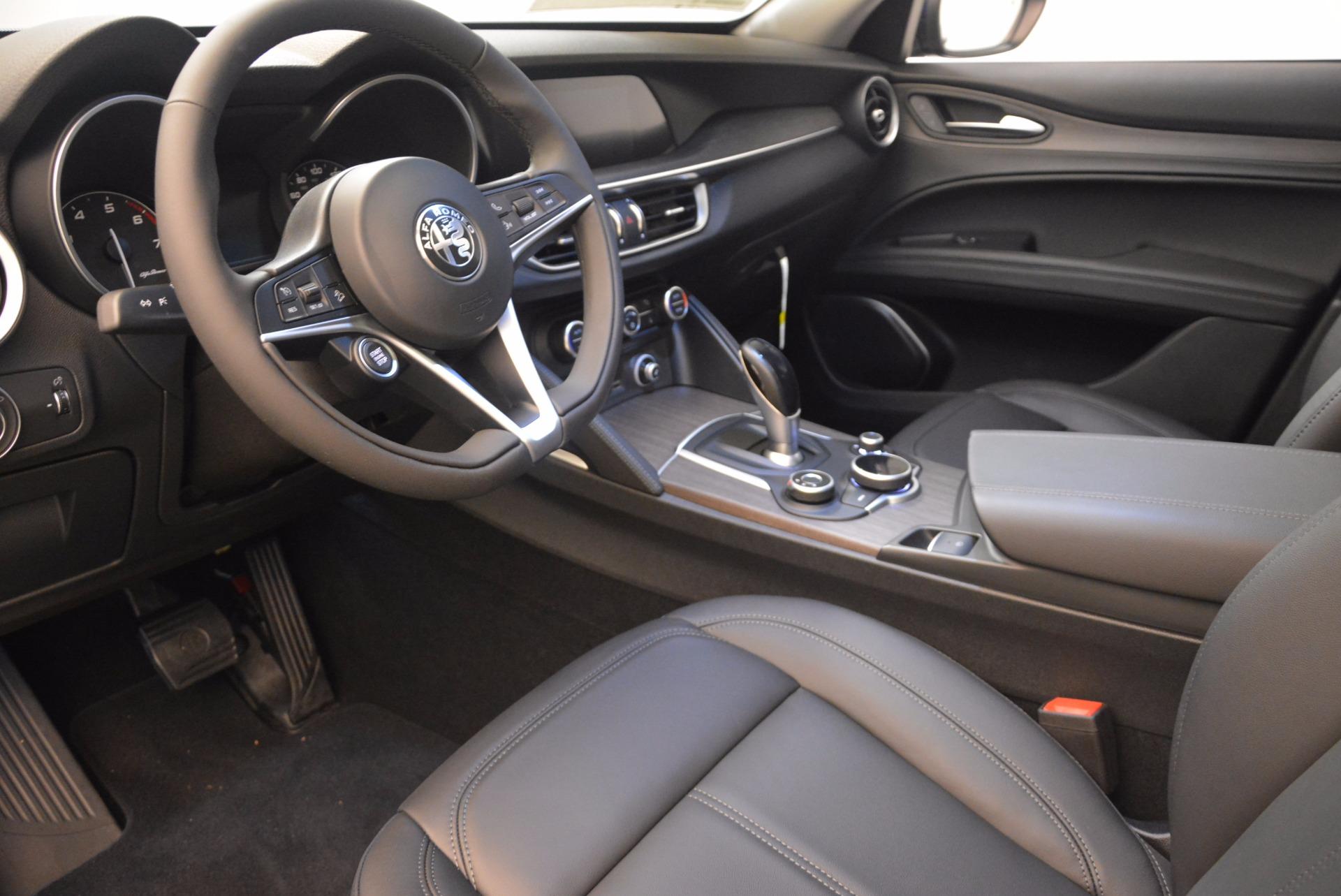 New 2018 Alfa Romeo Stelvio Ti Q4 For Sale In Greenwich, CT. Alfa Romeo of Greenwich, LW037 1524_p13