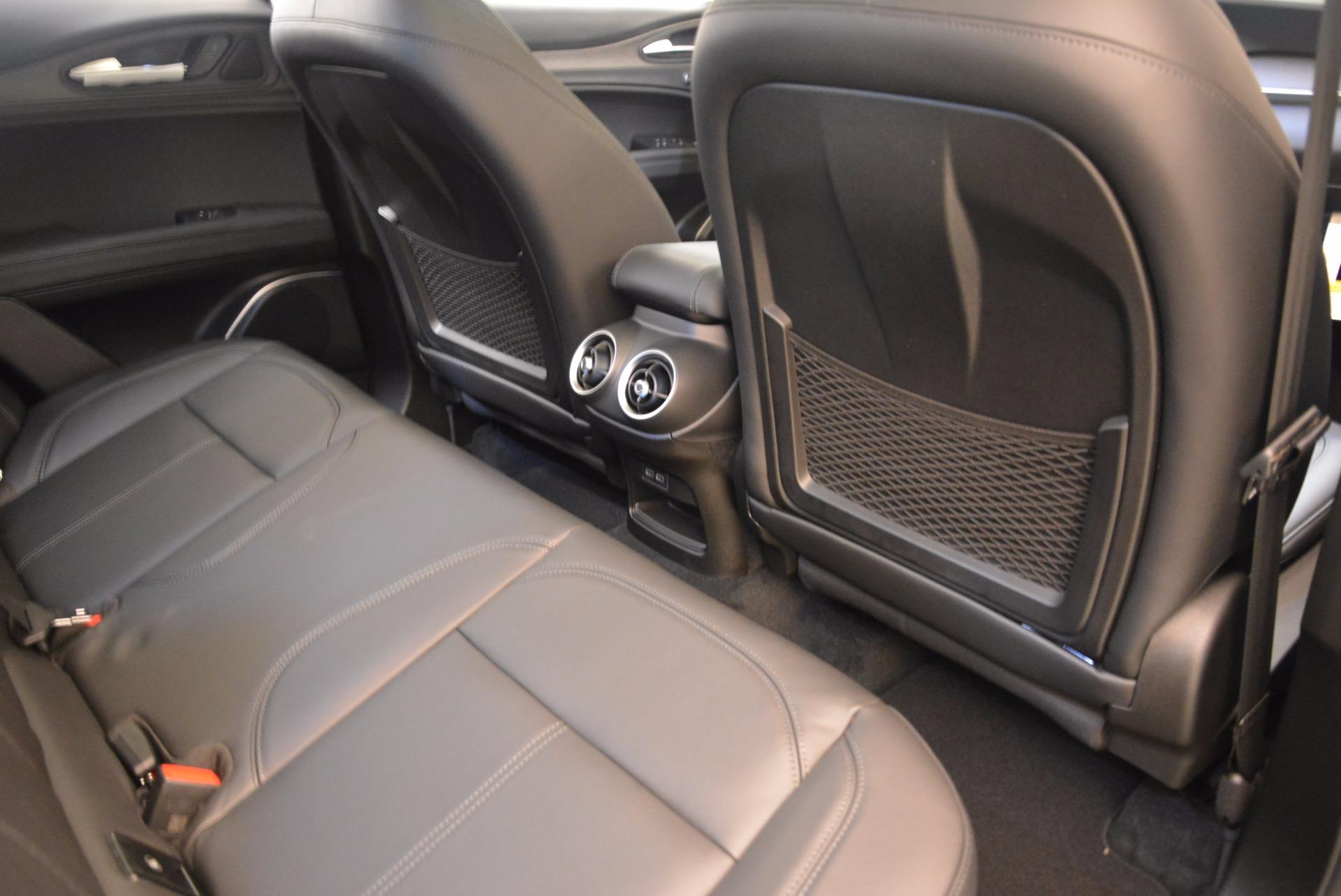 New 2018 Alfa Romeo Stelvio Ti Q4 For Sale In Greenwich, CT. Alfa Romeo of Greenwich, LW037 1524_p22