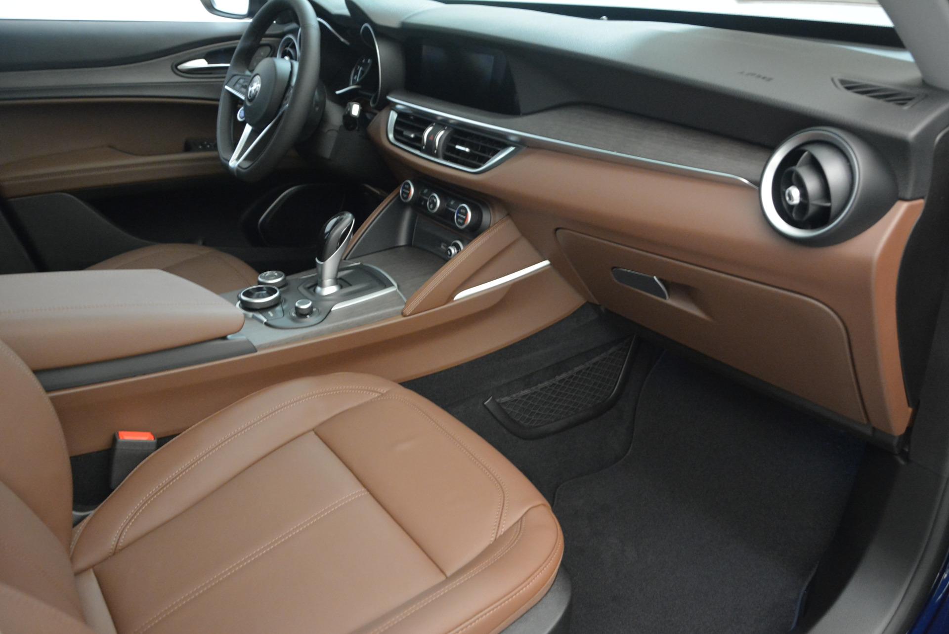 New 2018 Alfa Romeo Stelvio Ti Q4 For Sale In Greenwich, CT. Alfa Romeo of Greenwich, LW035 1526_p20