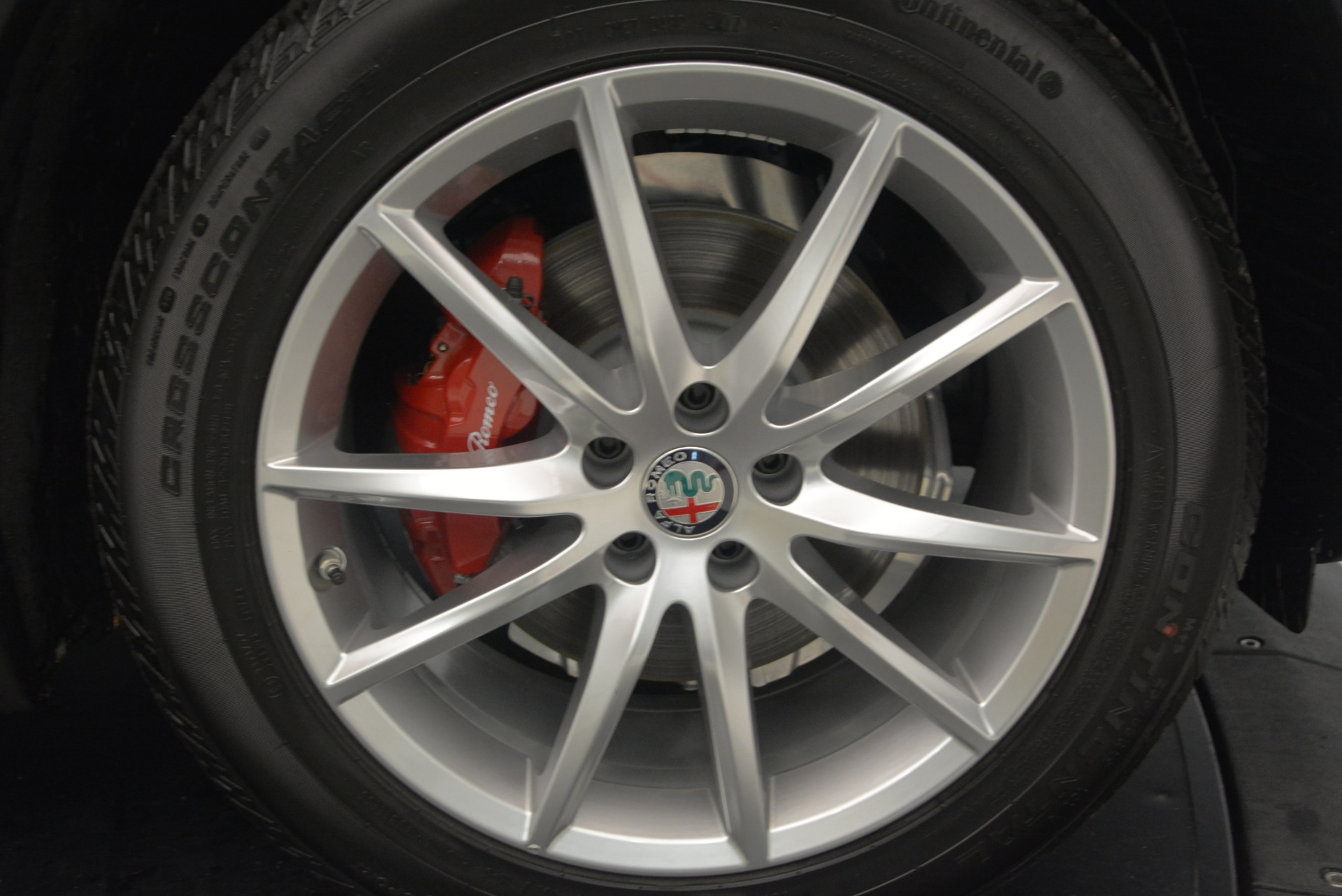 New 2018 Alfa Romeo Stelvio Ti Q4 For Sale In Greenwich, CT. Alfa Romeo of Greenwich, LW035 1526_p26
