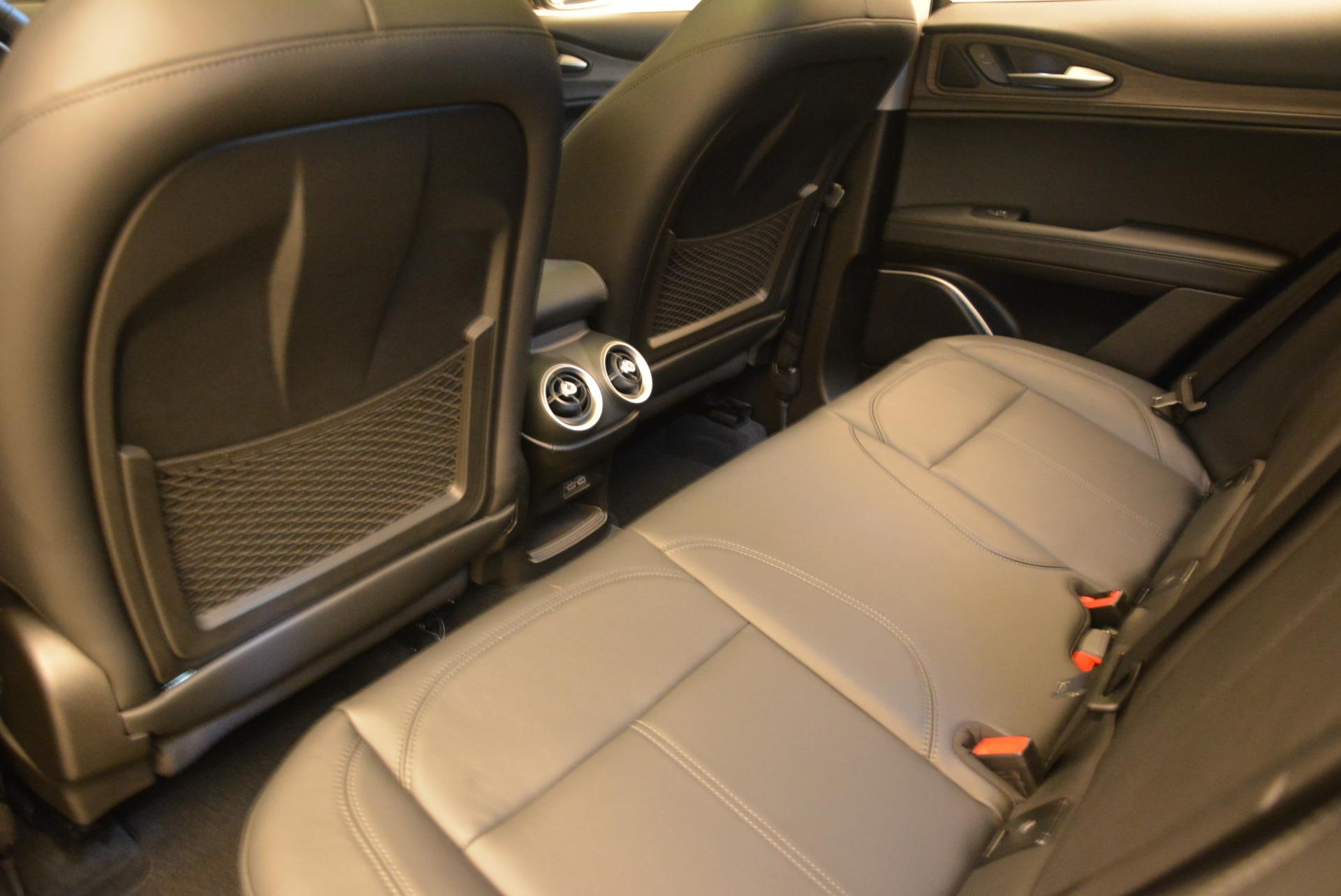 New 2018 Alfa Romeo Stelvio Ti Q4 For Sale In Greenwich, CT. Alfa Romeo of Greenwich, LW034 1527_p16