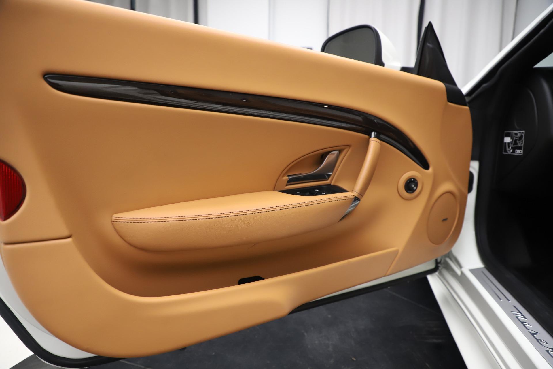 New 2017 Maserati GranTurismo Convertible Sport For Sale In Greenwich, CT. Alfa Romeo of Greenwich, M1640 153_p27