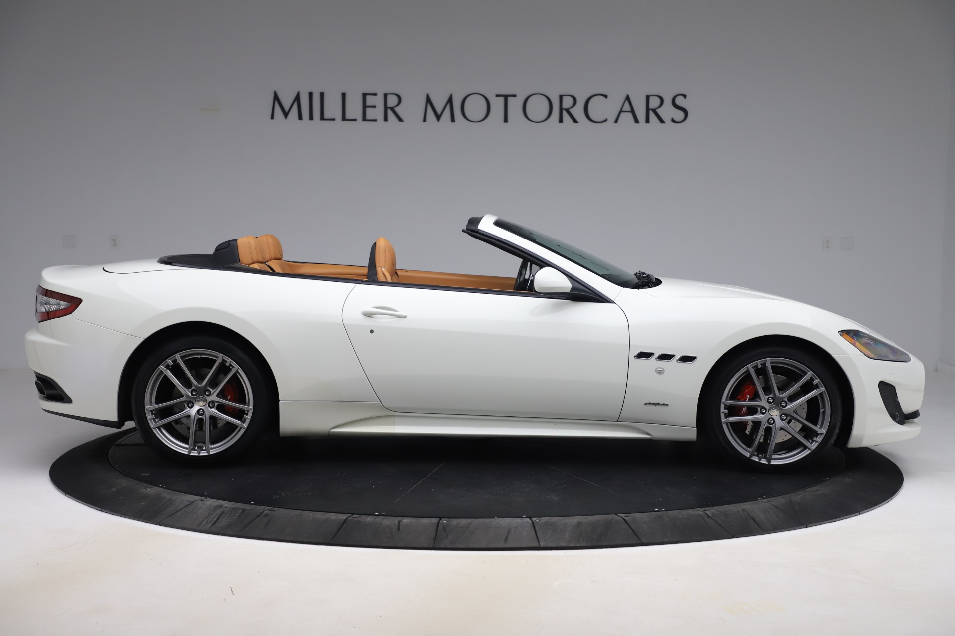 New 2017 Maserati GranTurismo Convertible Sport For Sale In Greenwich, CT. Alfa Romeo of Greenwich, M1640 153_p9