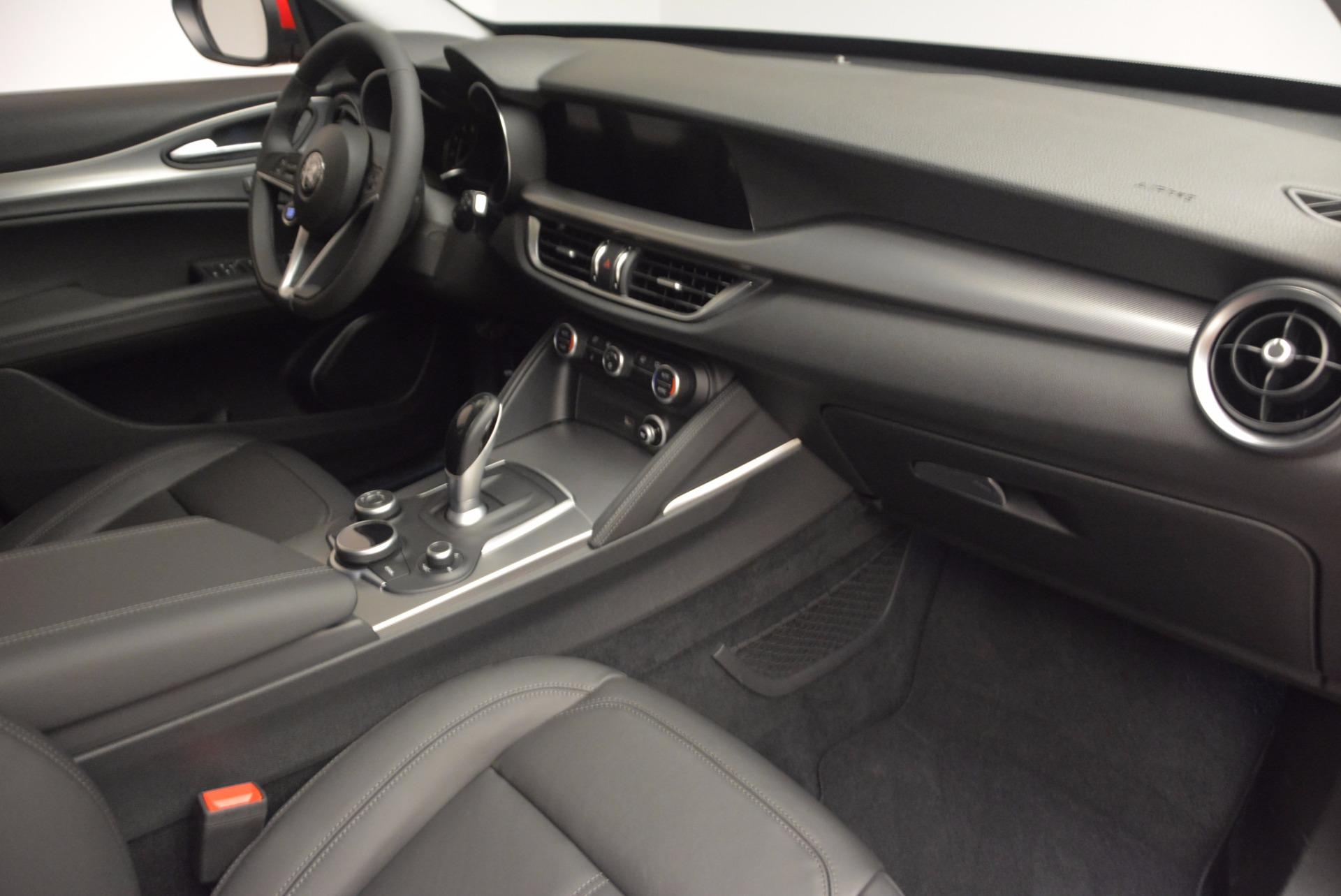 New 2018 Alfa Romeo Stelvio Q4 For Sale In Greenwich, CT. Alfa Romeo of Greenwich, LW030 1532_p19