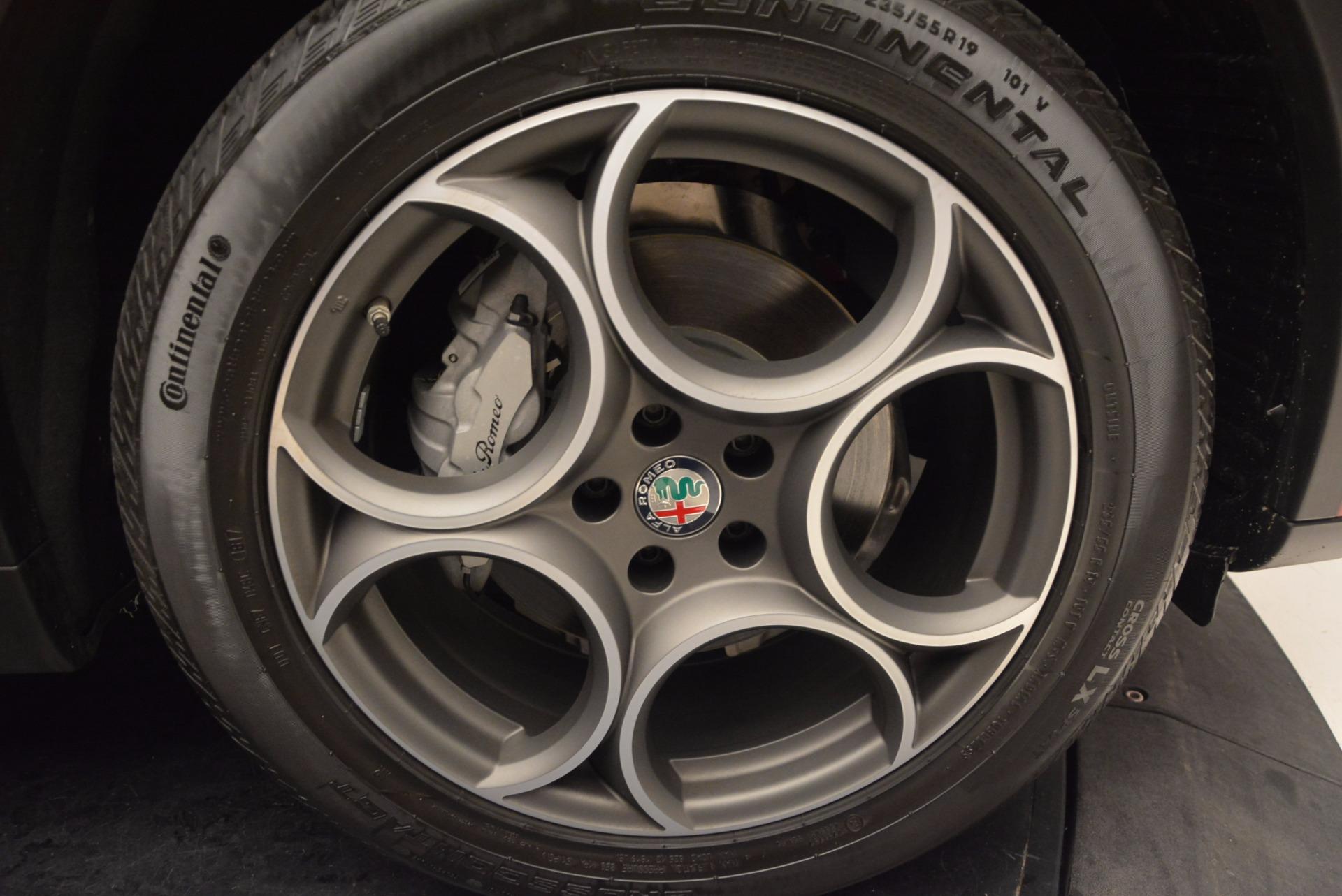 New 2018 Alfa Romeo Stelvio Q4 For Sale In Greenwich, CT. Alfa Romeo of Greenwich, LW030 1532_p25
