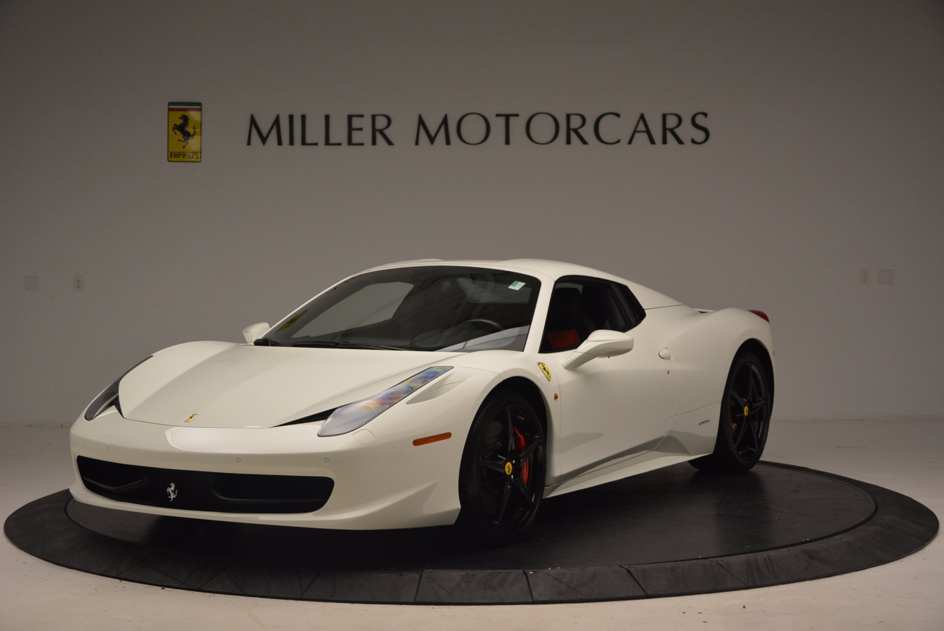 Used 2015 Ferrari 458 Spider  For Sale In Greenwich, CT. Alfa Romeo of Greenwich, 4417 1534_p13