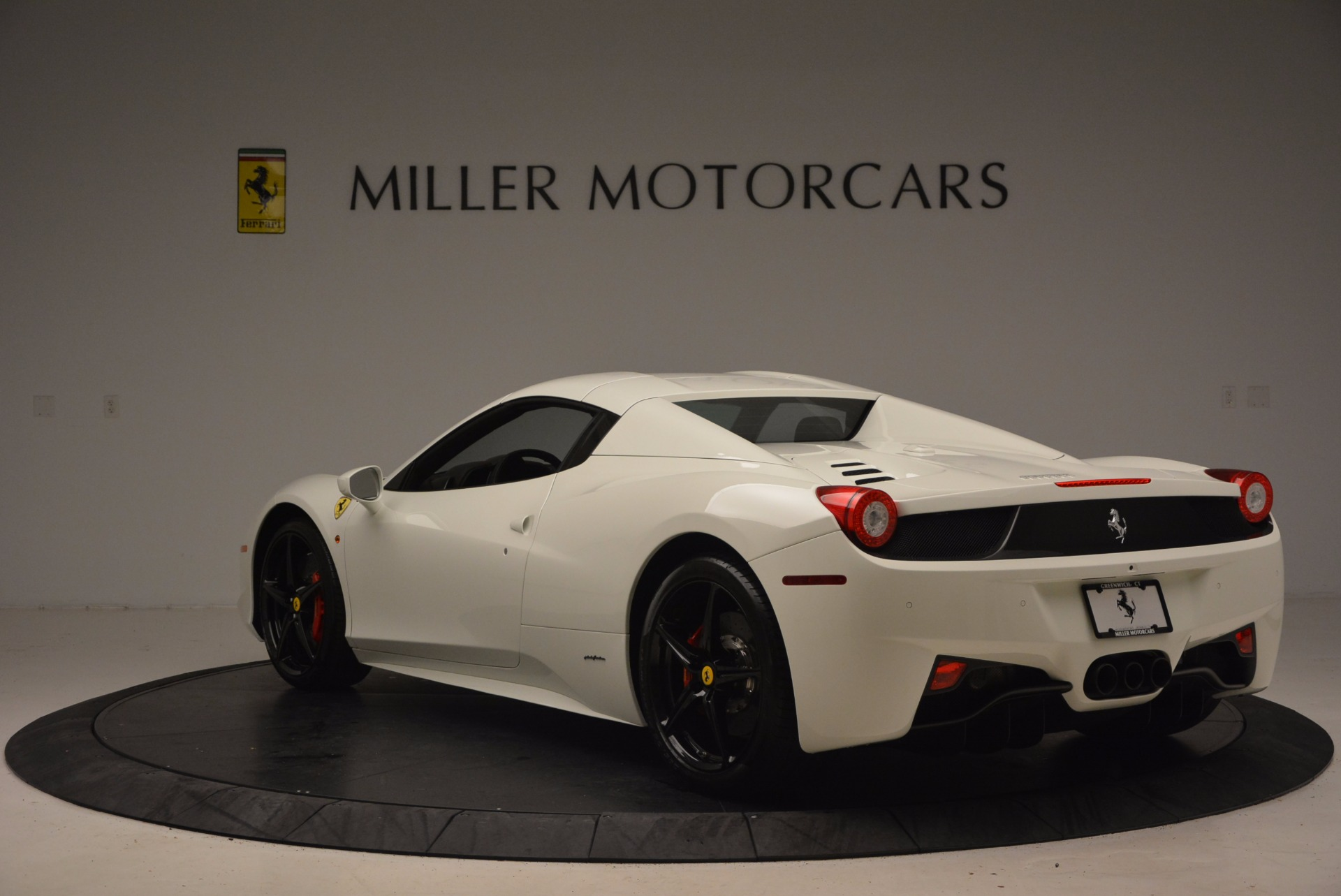 Used 2015 Ferrari 458 Spider  For Sale In Greenwich, CT. Alfa Romeo of Greenwich, 4417 1534_p17