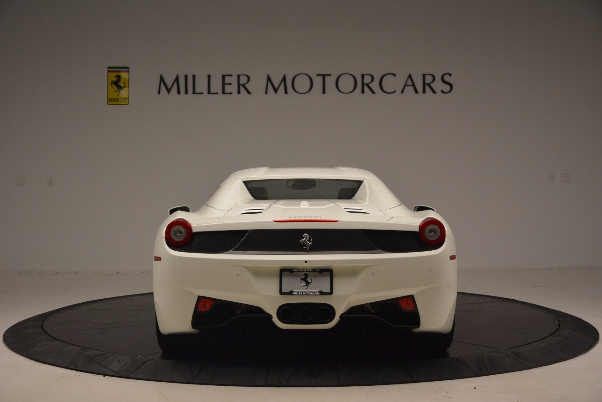 Used 2015 Ferrari 458 Spider  For Sale In Greenwich, CT. Alfa Romeo of Greenwich, 4417 1534_p18