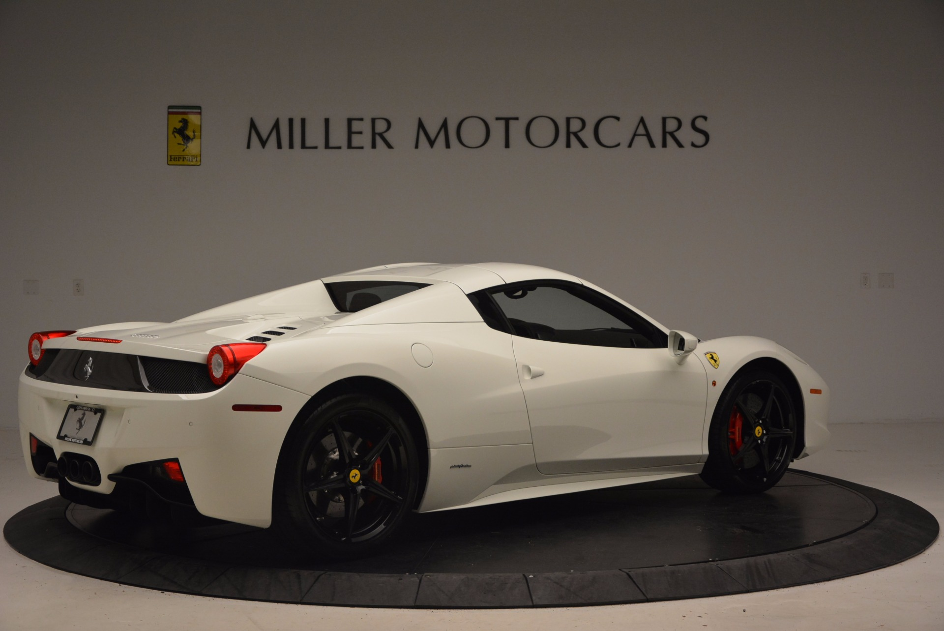 Used 2015 Ferrari 458 Spider  For Sale In Greenwich, CT. Alfa Romeo of Greenwich, 4417 1534_p20