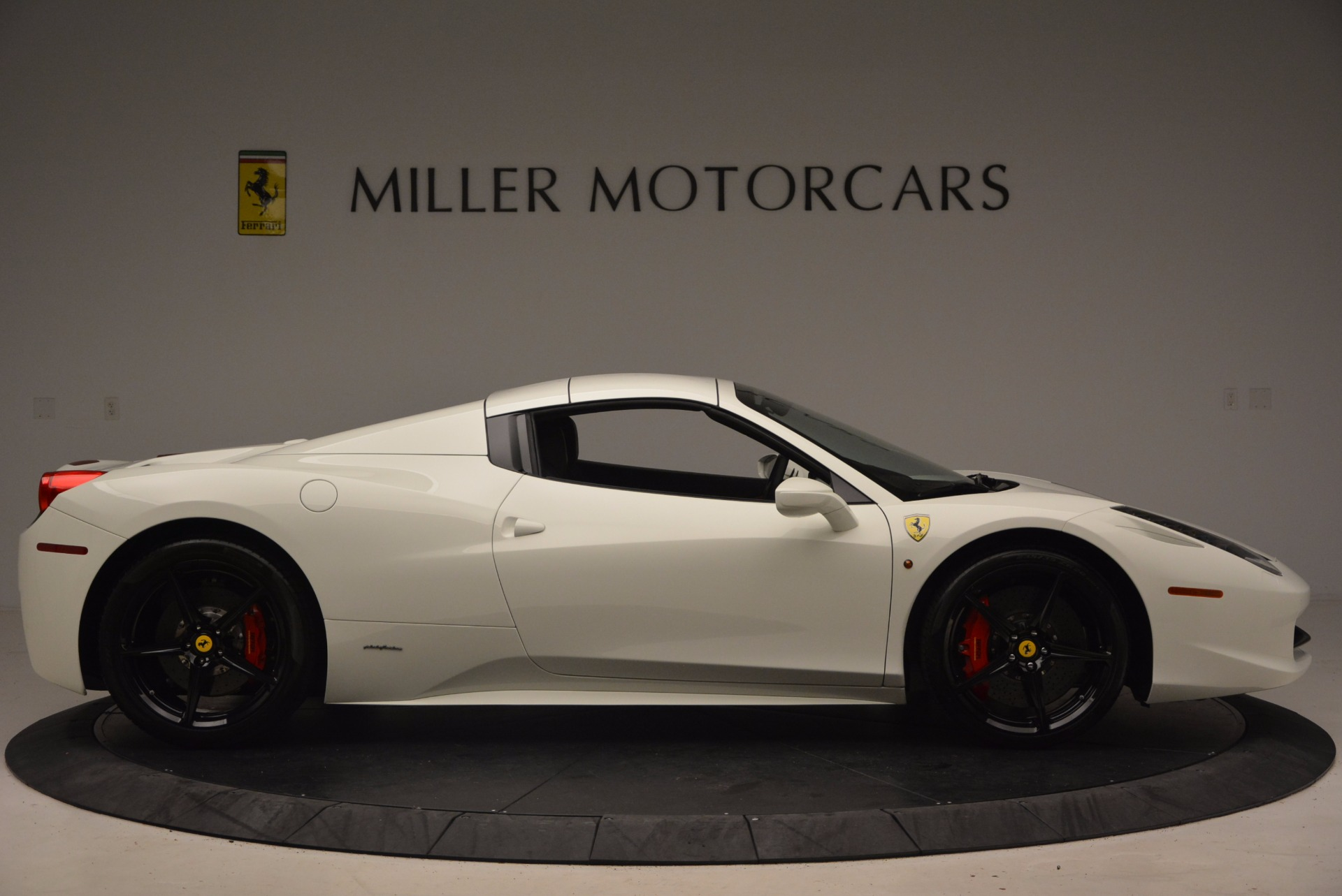 Used 2015 Ferrari 458 Spider  For Sale In Greenwich, CT. Alfa Romeo of Greenwich, 4417 1534_p21