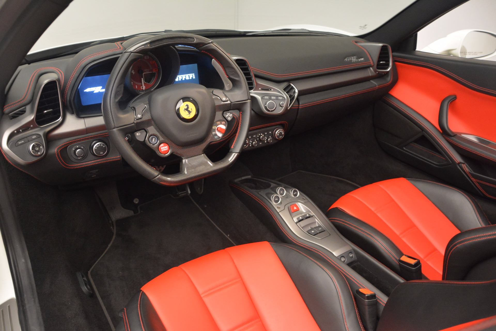 Used 2015 Ferrari 458 Spider  For Sale In Greenwich, CT. Alfa Romeo of Greenwich, 4417 1534_p25