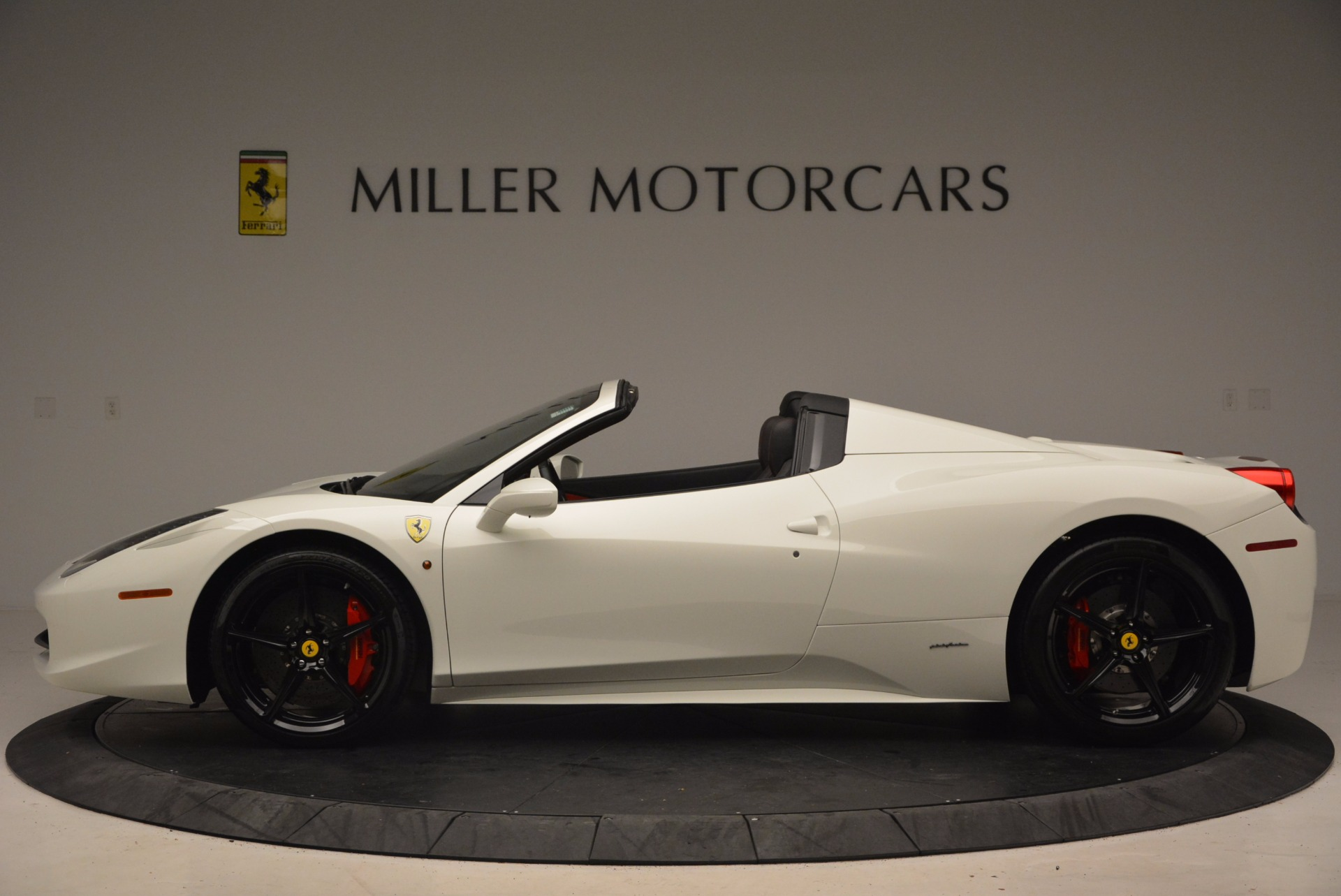 Used 2015 Ferrari 458 Spider  For Sale In Greenwich, CT. Alfa Romeo of Greenwich, 4417 1534_p3