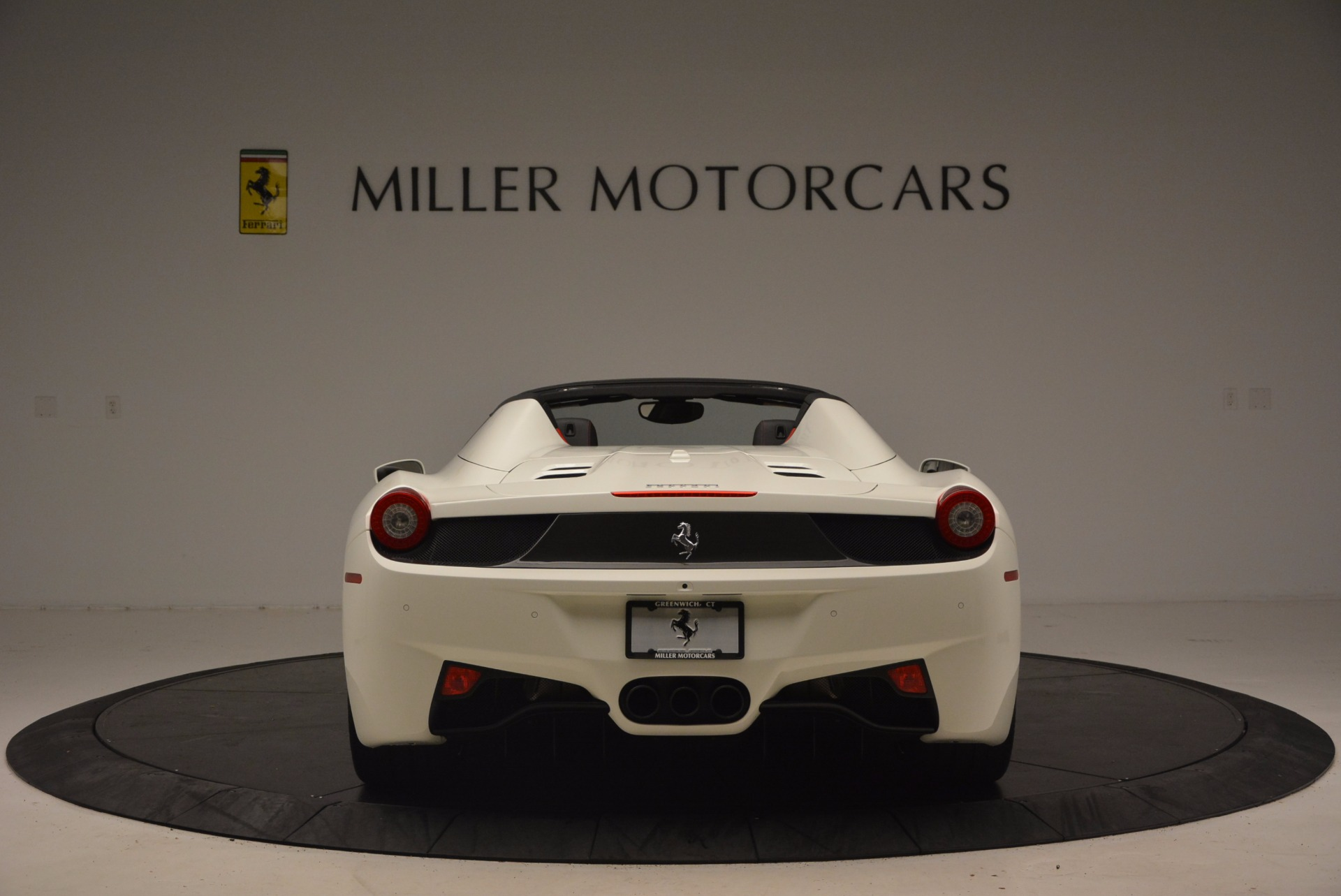 Used 2015 Ferrari 458 Spider  For Sale In Greenwich, CT. Alfa Romeo of Greenwich, 4417 1534_p6