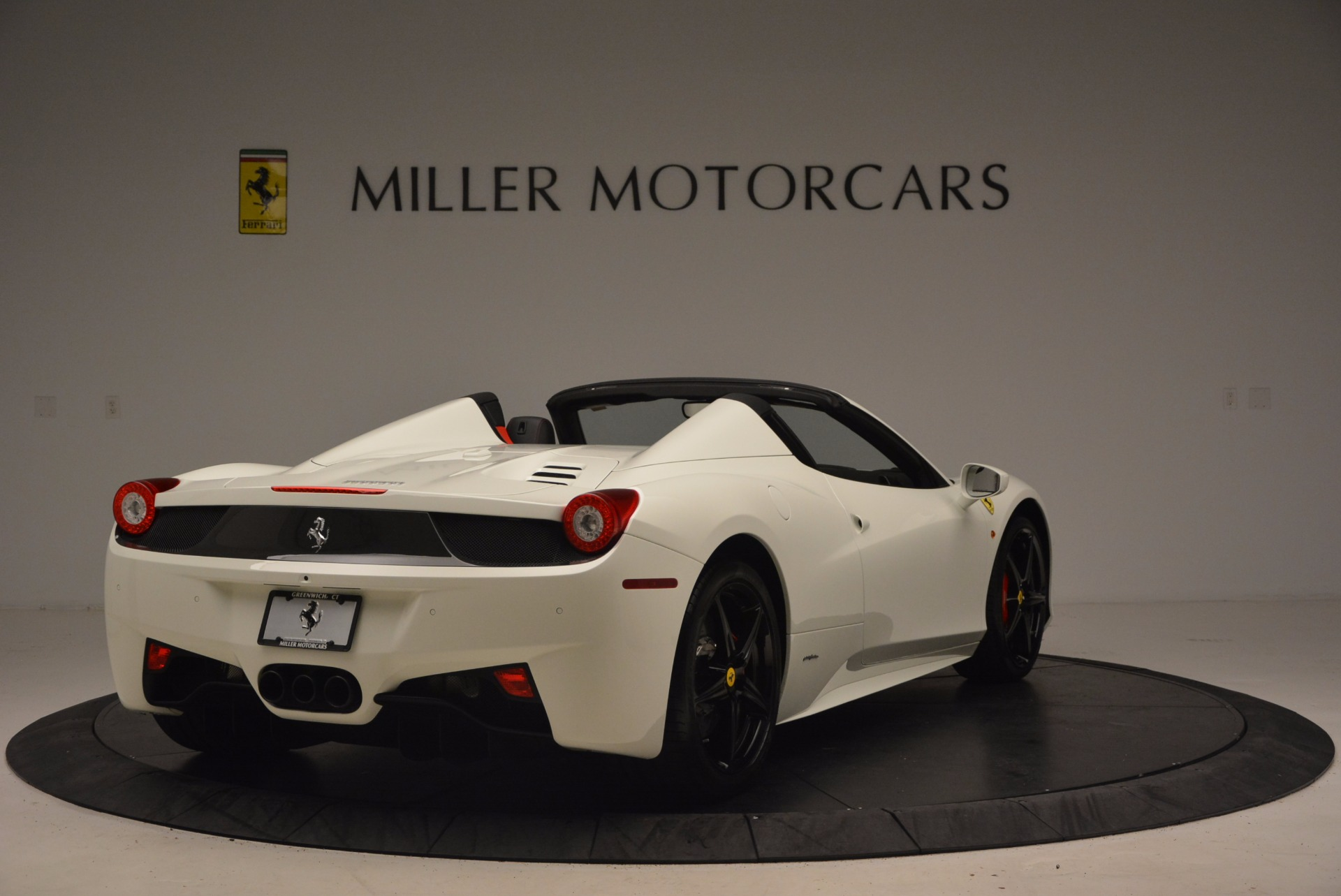 Used 2015 Ferrari 458 Spider  For Sale In Greenwich, CT. Alfa Romeo of Greenwich, 4417 1534_p7
