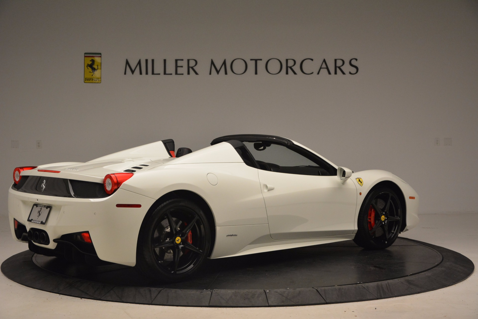 Used 2015 Ferrari 458 Spider  For Sale In Greenwich, CT. Alfa Romeo of Greenwich, 4417 1534_p8