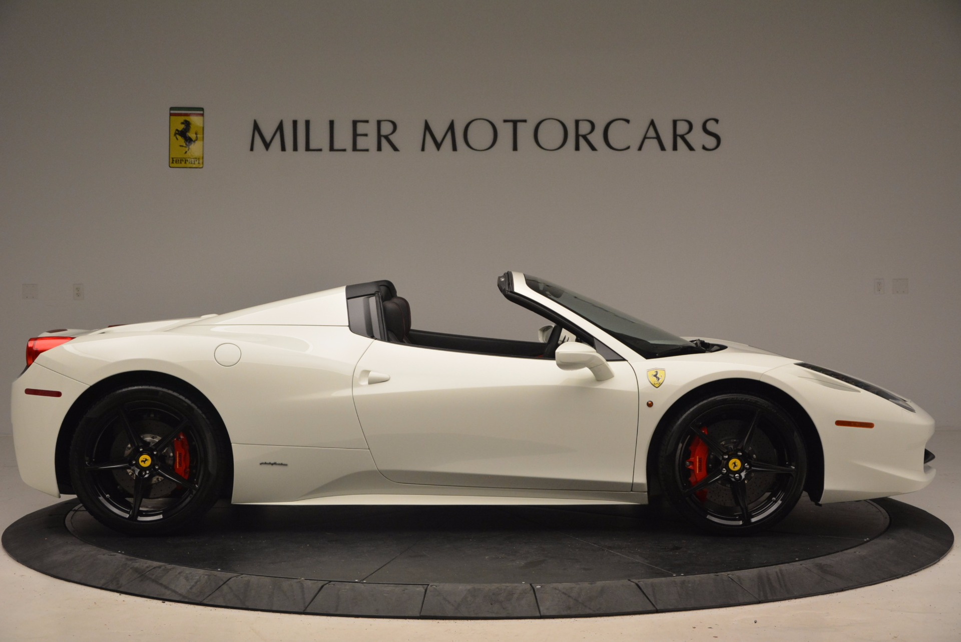 Used 2015 Ferrari 458 Spider  For Sale In Greenwich, CT. Alfa Romeo of Greenwich, 4417 1534_p9