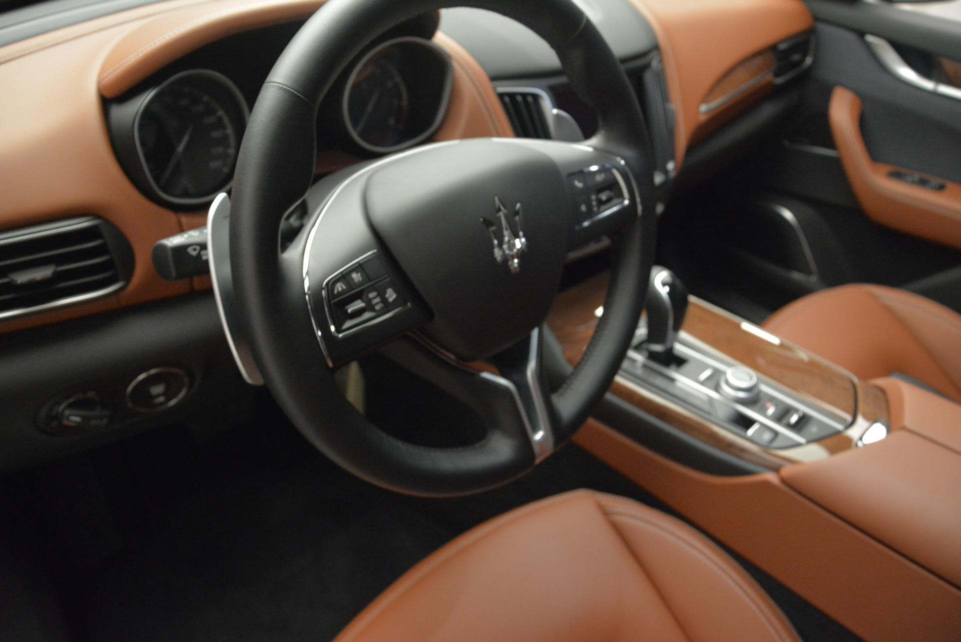 New 2018 Maserati Levante Q4 GranLusso For Sale In Greenwich, CT. Alfa Romeo of Greenwich, M2016 1536_p15