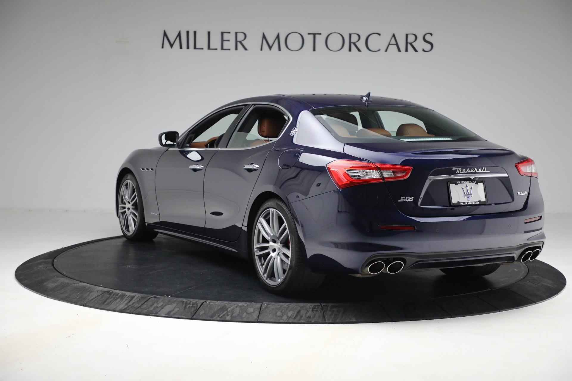 New 2018 Maserati Ghibli S Q4 GranLusso For Sale In Greenwich, CT. Alfa Romeo of Greenwich, M1920 1539_p4