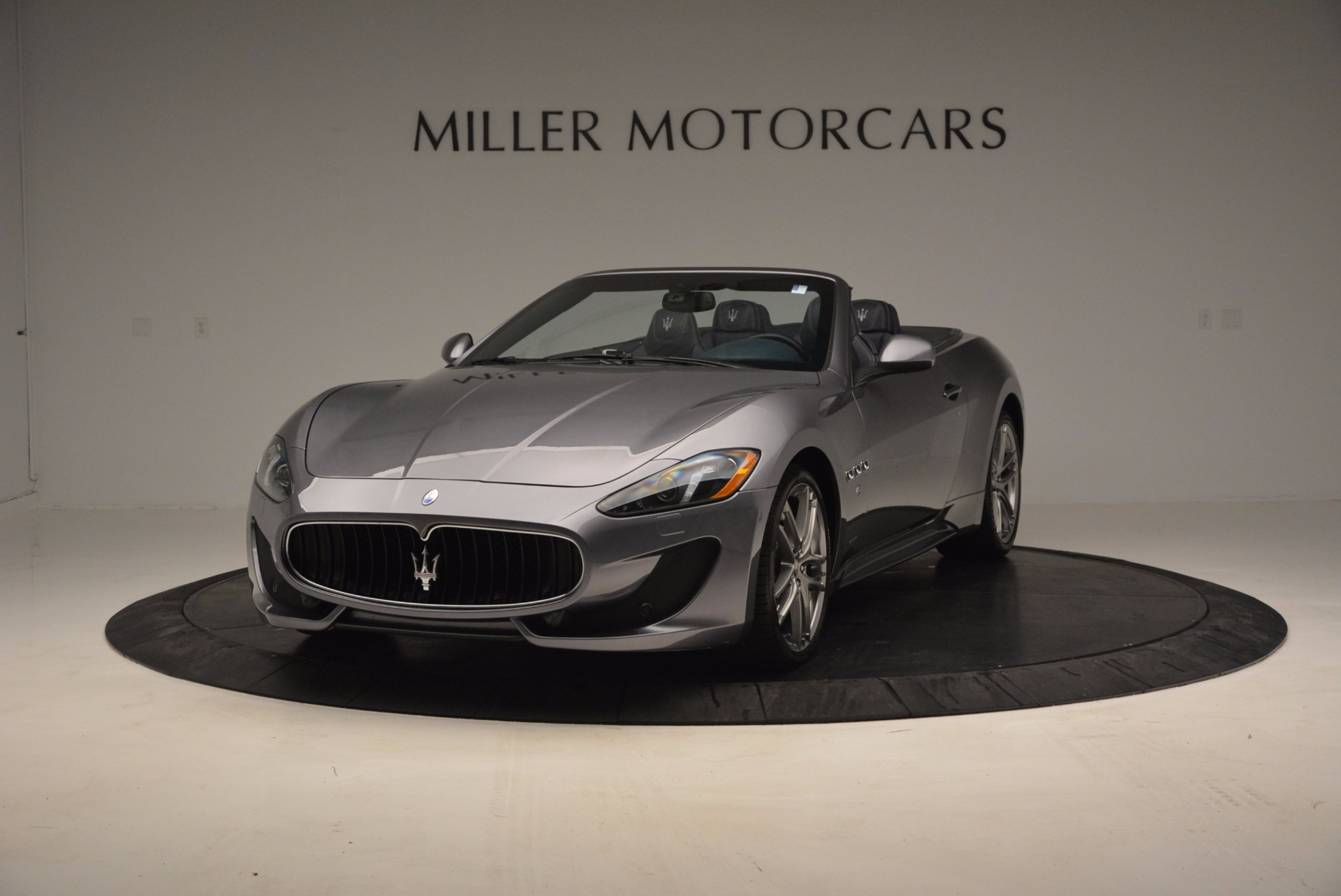 New 2016 Maserati GranTurismo Convertible Sport For Sale In Greenwich, CT. Alfa Romeo of Greenwich, M1455 154_p2