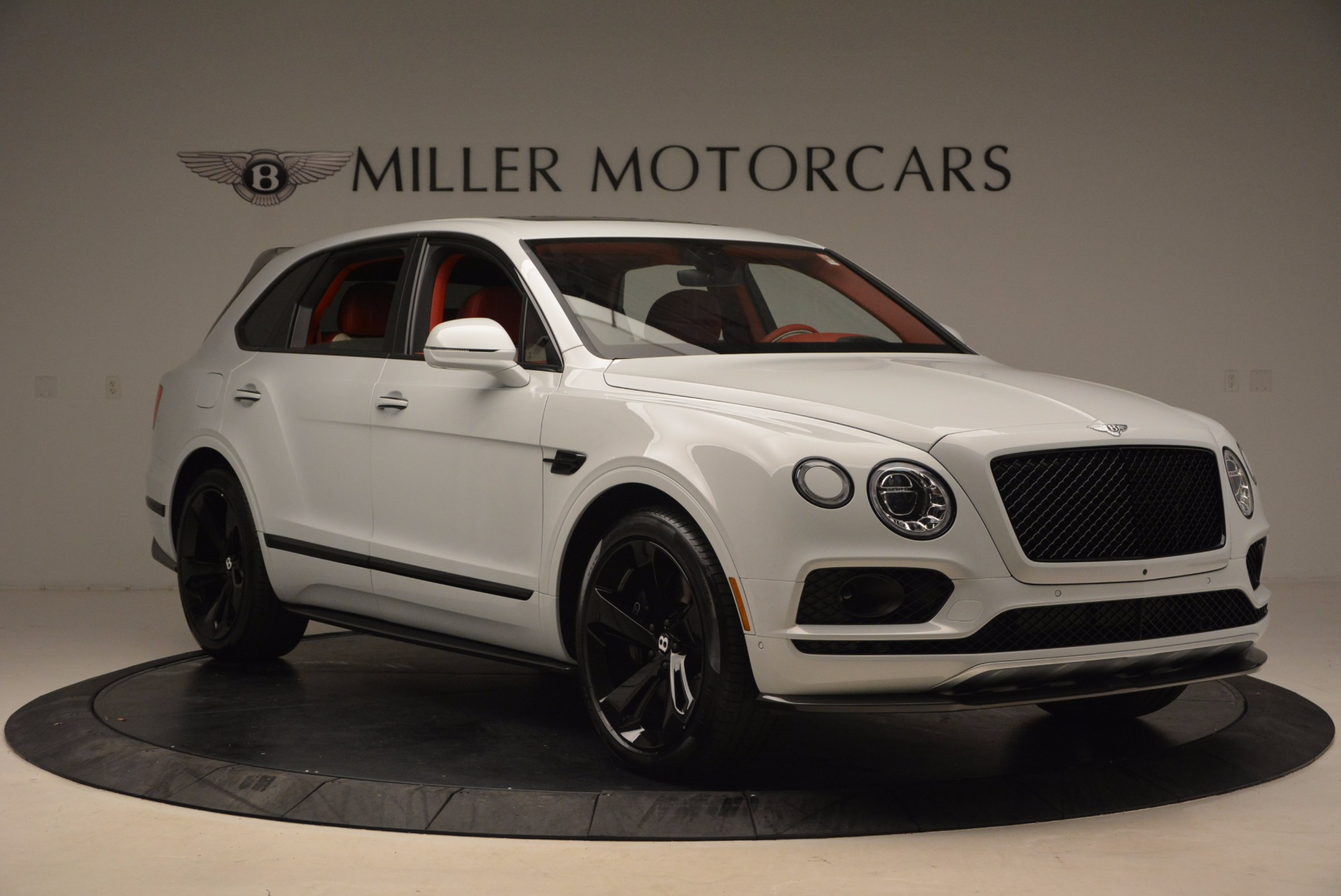 New 2018 Bentley Bentayga Black Edition For Sale In Greenwich, CT. Alfa Romeo of Greenwich, B1299 1542_p12