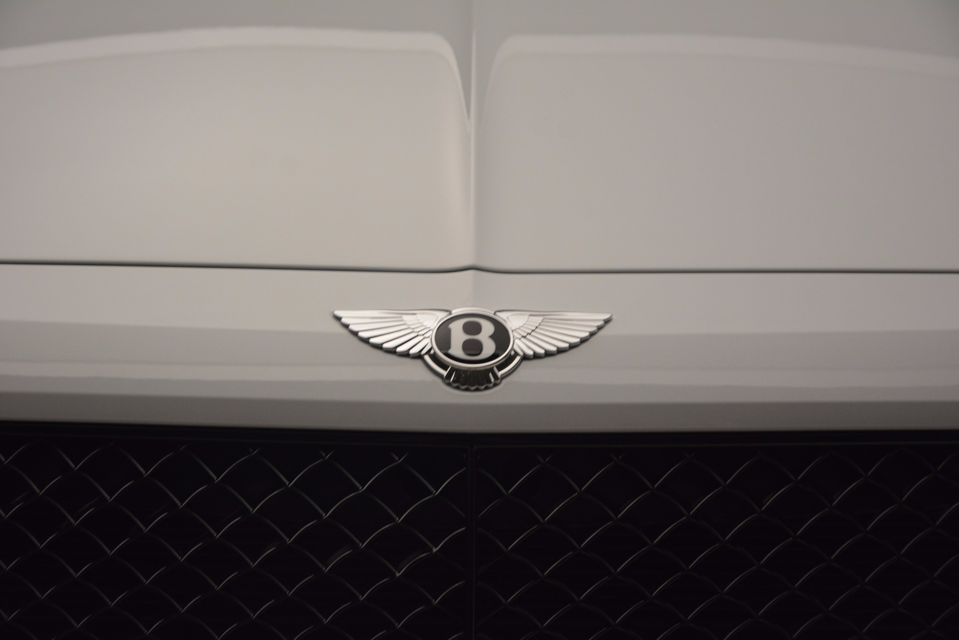 New 2018 Bentley Bentayga Black Edition For Sale In Greenwich, CT. Alfa Romeo of Greenwich, B1299 1542_p17