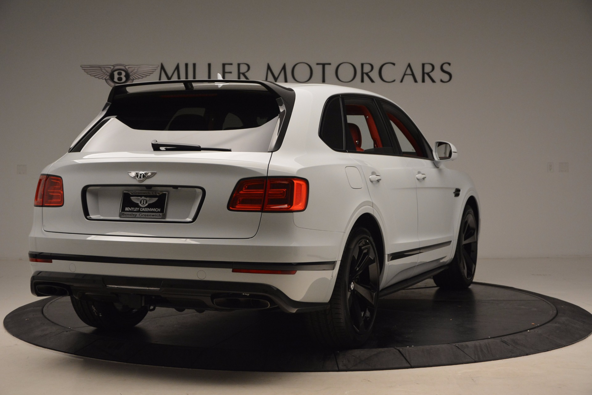 New 2018 Bentley Bentayga Black Edition For Sale In Greenwich, CT. Alfa Romeo of Greenwich, B1299 1542_p7