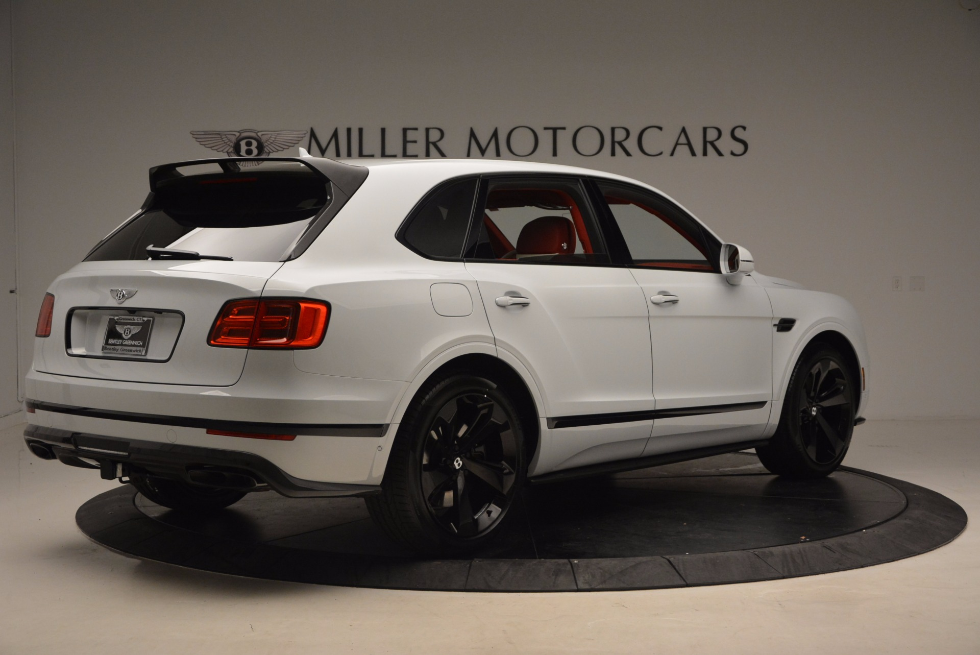 New 2018 Bentley Bentayga Black Edition For Sale In Greenwich, CT. Alfa Romeo of Greenwich, B1299 1542_p8