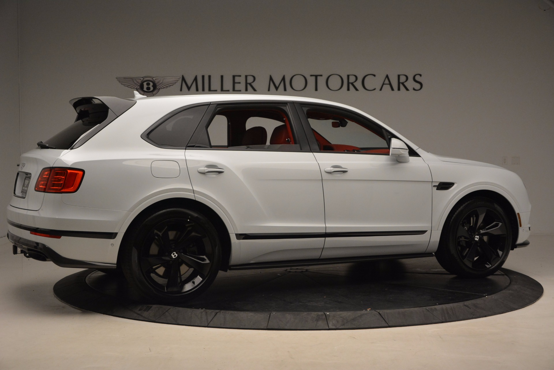New 2018 Bentley Bentayga Black Edition For Sale In Greenwich, CT. Alfa Romeo of Greenwich, B1299 1542_p9