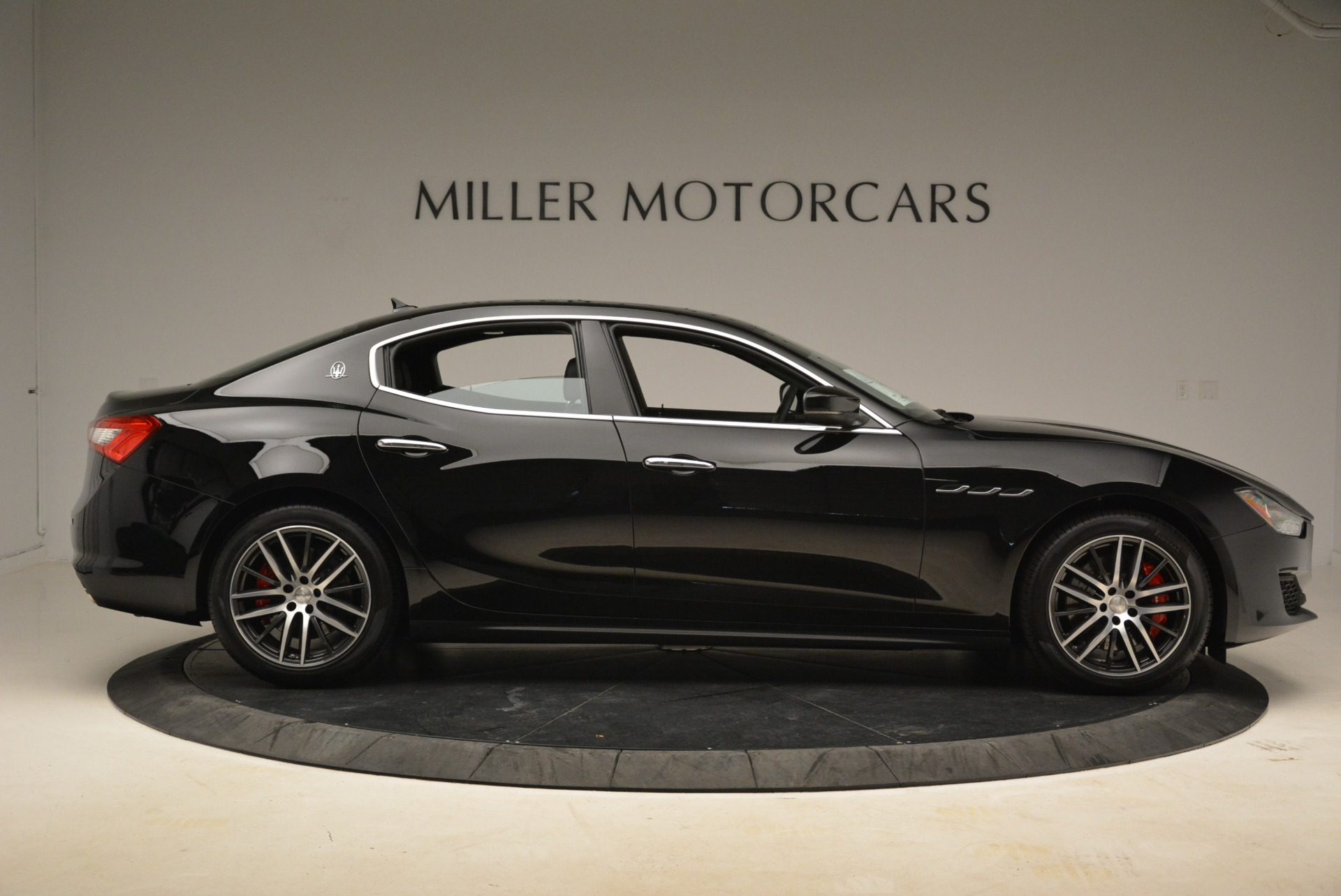 New 2018 Maserati Ghibli S Q4 For Sale In Greenwich, CT. Alfa Romeo of Greenwich, M1995 1543_p10