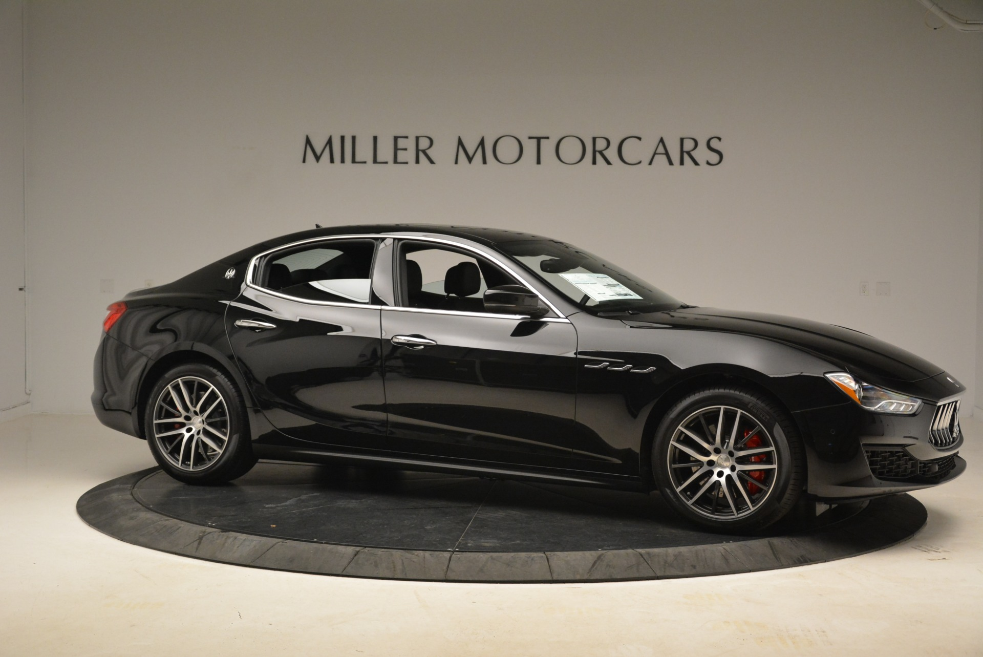 New 2018 Maserati Ghibli S Q4 For Sale In Greenwich, CT. Alfa Romeo of Greenwich, M1995 1543_p11