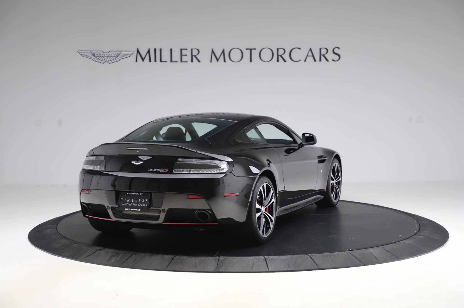 New 2017 Aston Martin V12 Vantage S  For Sale In Greenwich, CT. Alfa Romeo of Greenwich, A1254 1545_p6