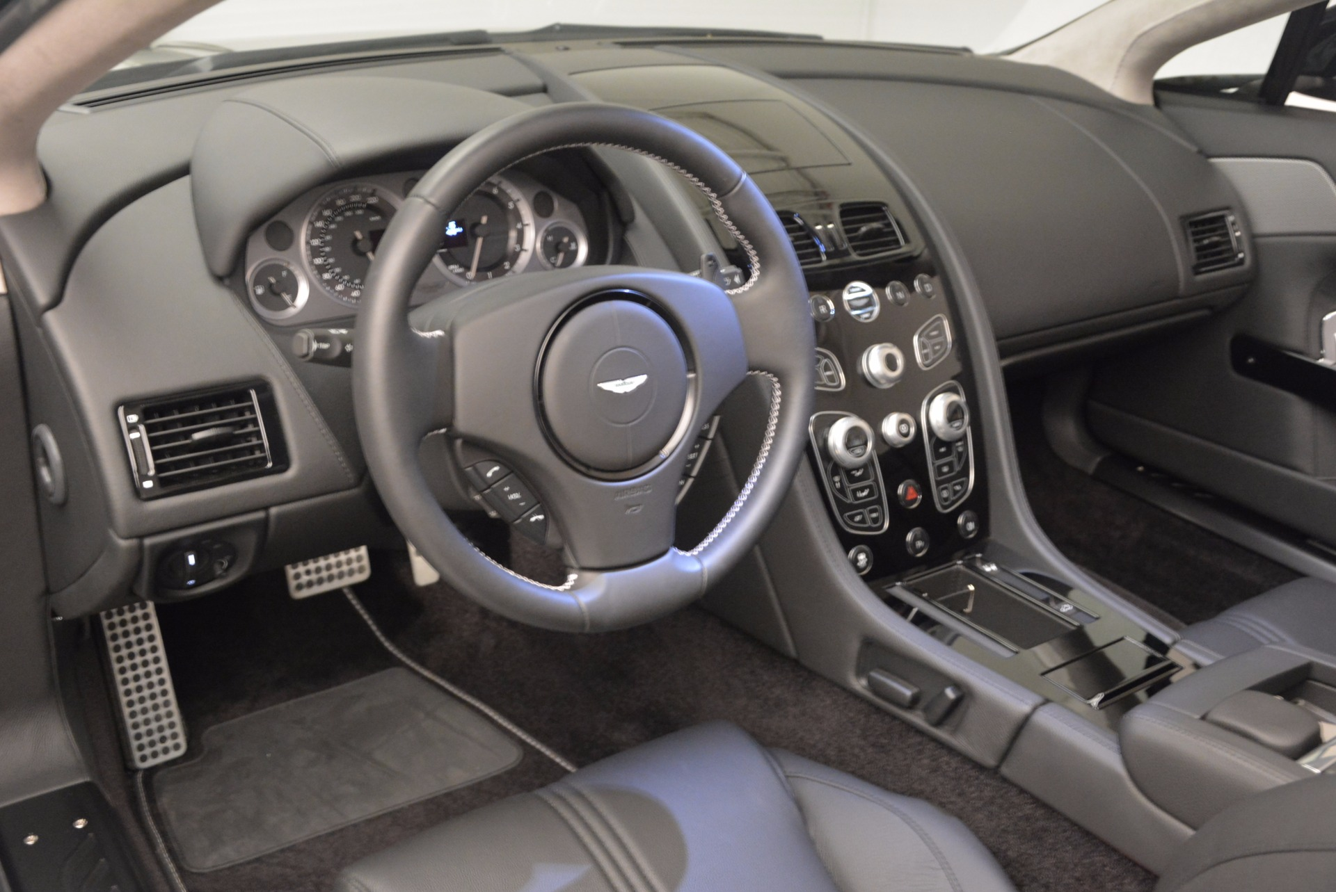 New 2016 Aston Martin V8 Vantage Roadster For Sale In Greenwich, CT. Alfa Romeo of Greenwich, A1213 1546_p27