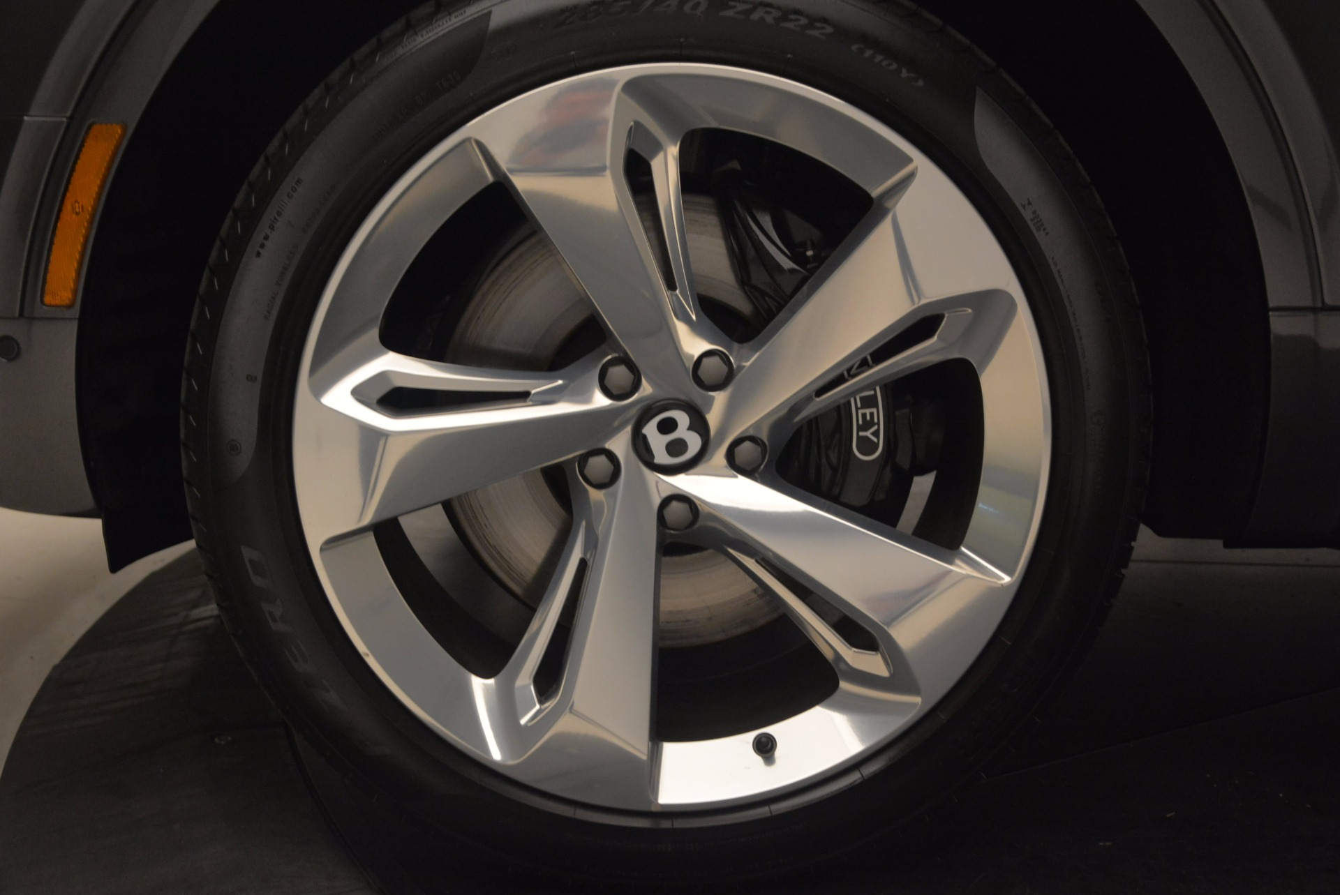 New 2018 Bentley Bentayga Signature For Sale In Greenwich, CT. Alfa Romeo of Greenwich, B1300 1547_p17