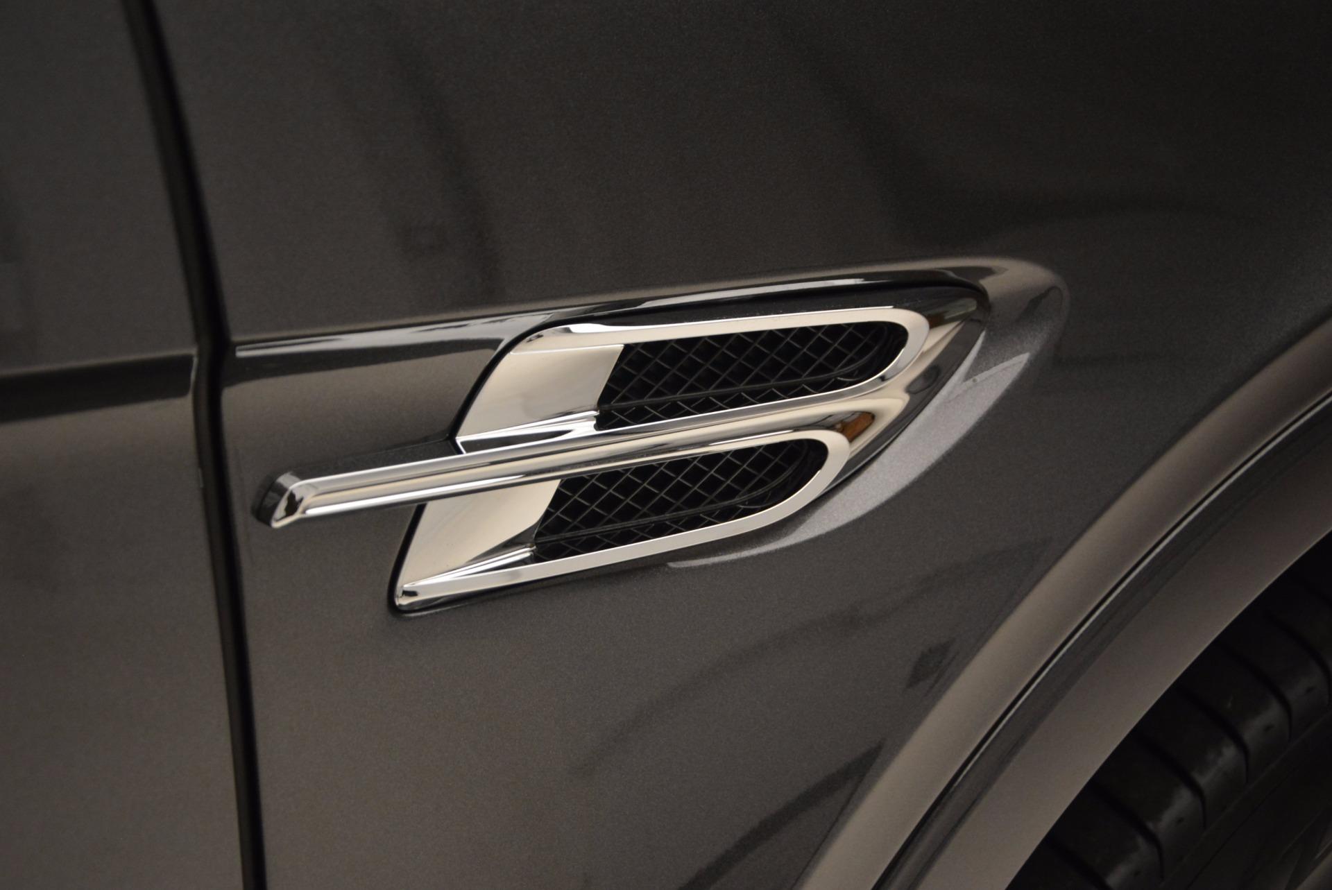New 2018 Bentley Bentayga Signature For Sale In Greenwich, CT. Alfa Romeo of Greenwich, B1300 1547_p18