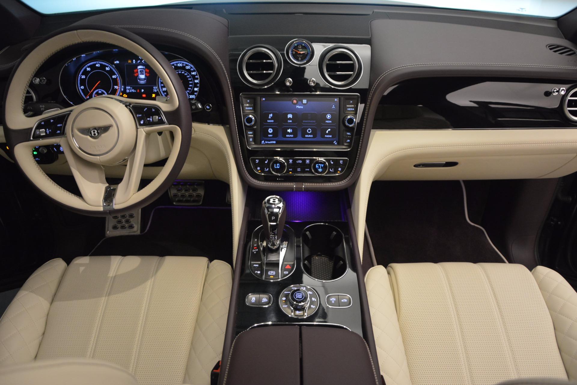 New 2018 Bentley Bentayga Signature For Sale In Greenwich, CT. Alfa Romeo of Greenwich, B1300 1547_p47