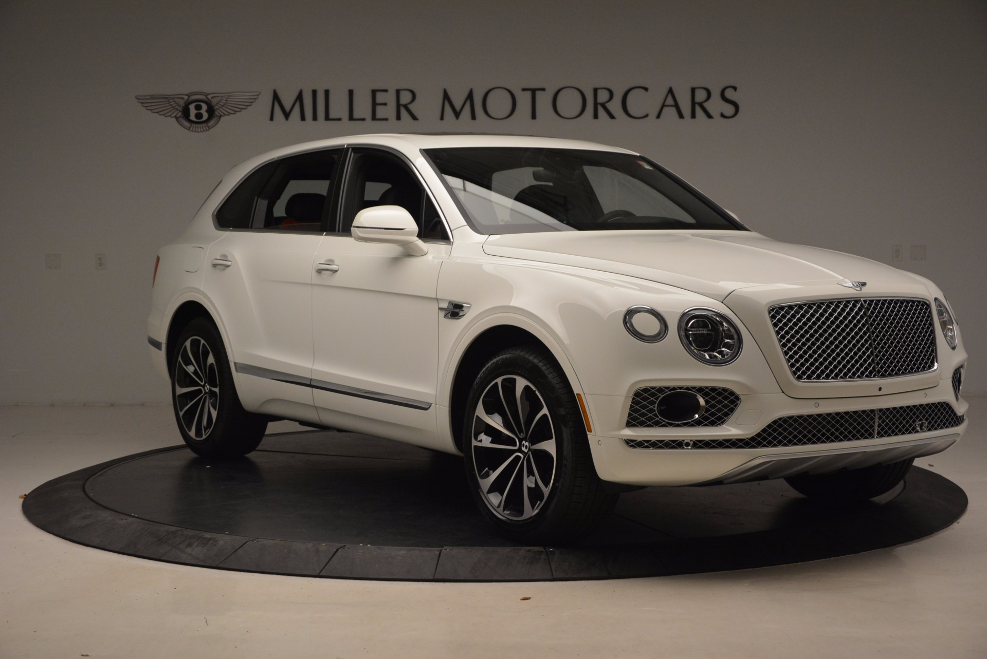 New 2018 Bentley Bentayga Onyx For Sale In Greenwich, CT. Alfa Romeo of Greenwich, B1302 1548_p11