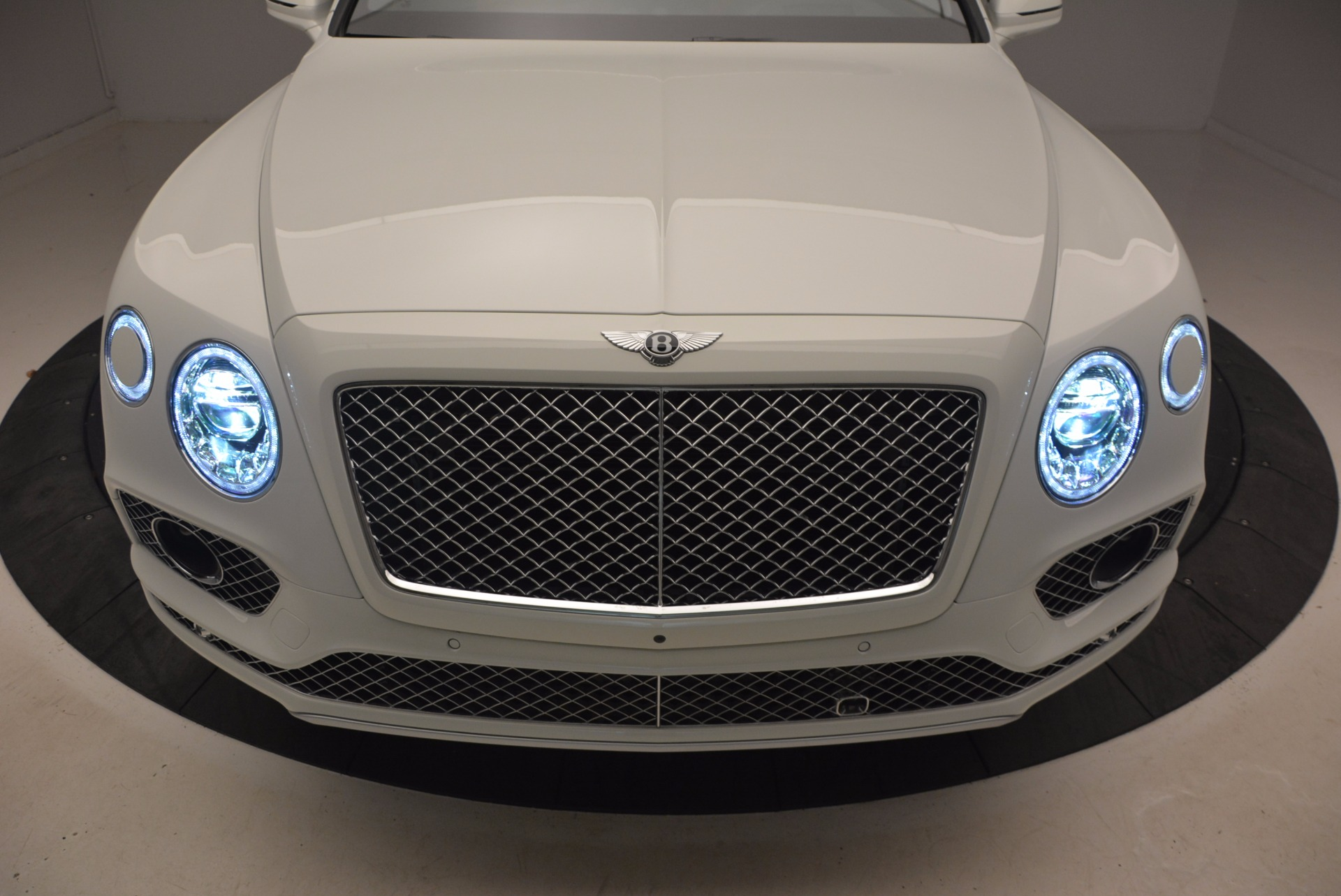New 2018 Bentley Bentayga Onyx For Sale In Greenwich, CT. Alfa Romeo of Greenwich, B1302 1548_p14