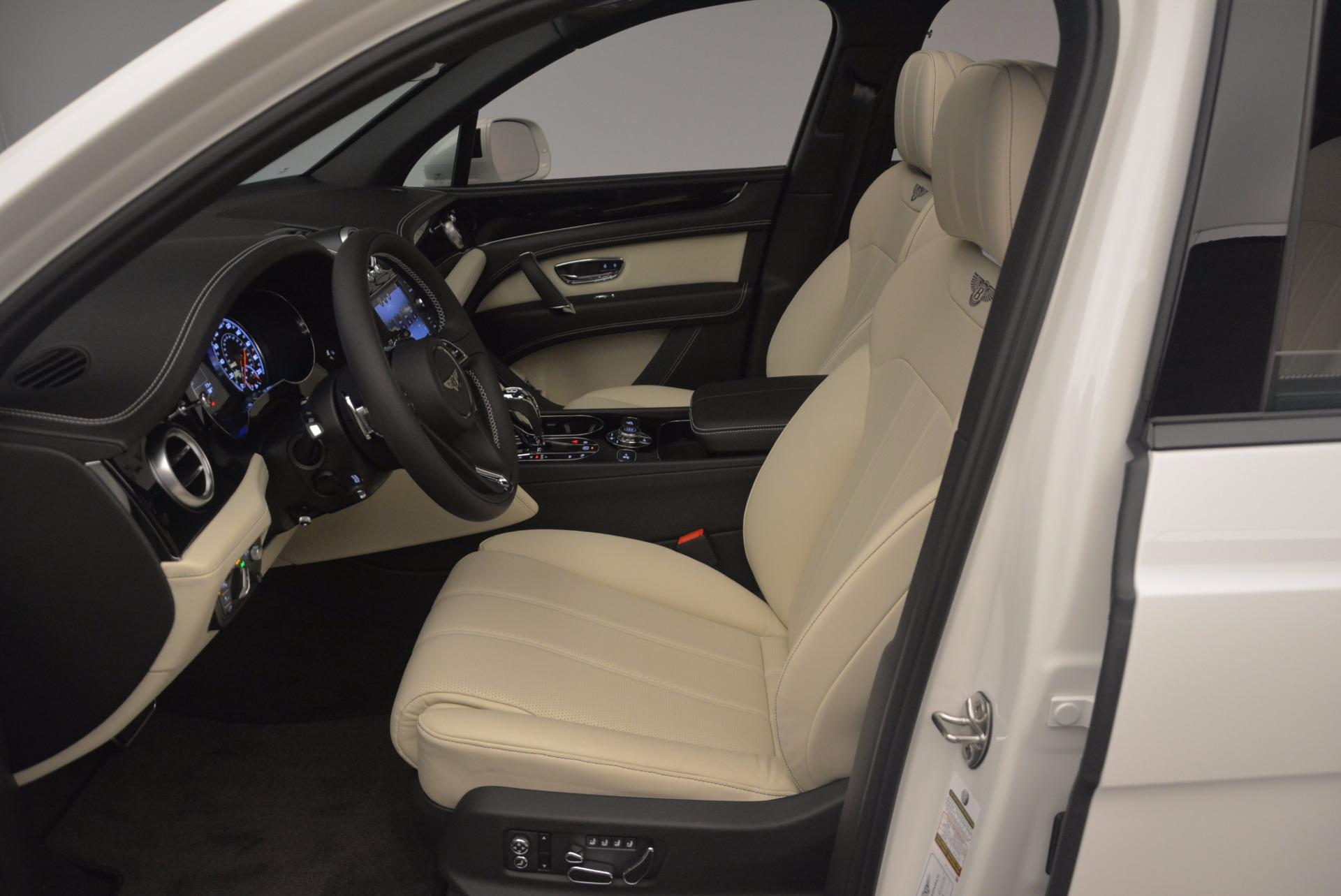 Used 2018 Bentley Bentayga Onyx For Sale In Greenwich, CT. Alfa Romeo of Greenwich, 7485 1549_p17