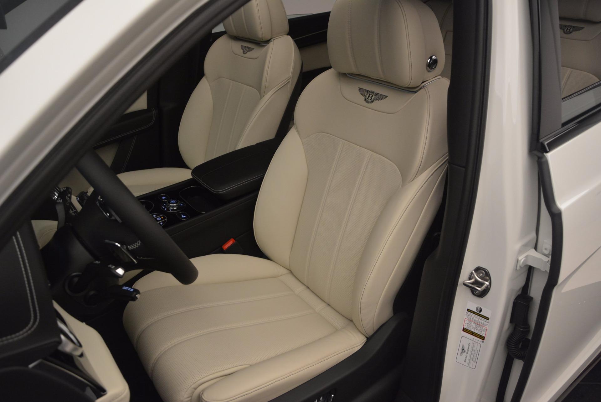 Used 2018 Bentley Bentayga Onyx For Sale In Greenwich, CT. Alfa Romeo of Greenwich, 7485 1549_p18