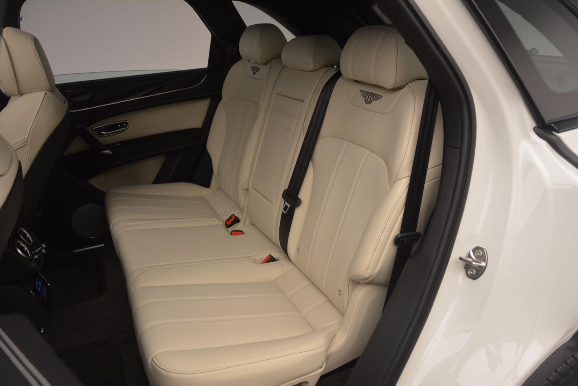 Used 2018 Bentley Bentayga Onyx For Sale In Greenwich, CT. Alfa Romeo of Greenwich, 7485 1549_p21