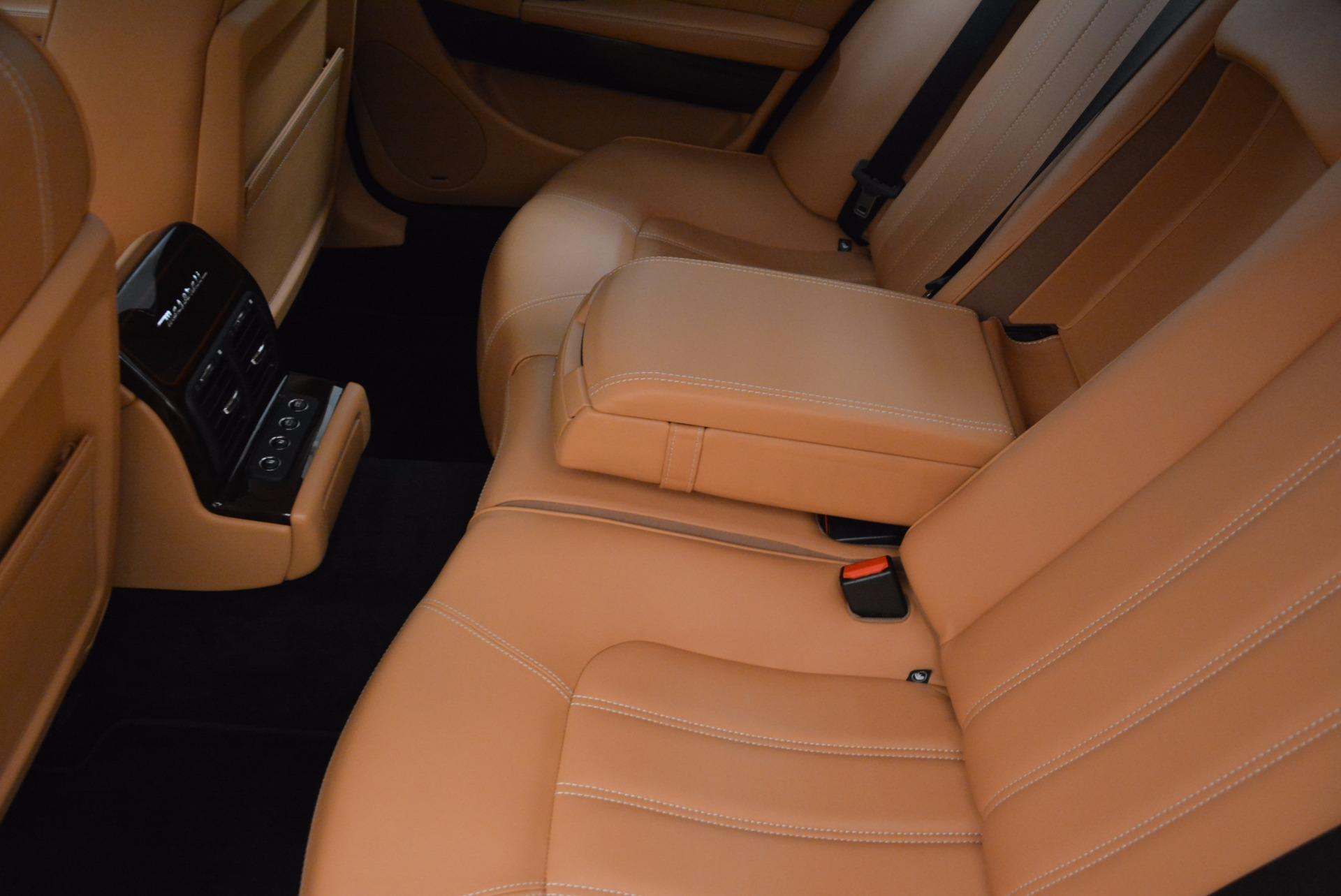 Used 2010 Maserati Quattroporte S For Sale In Greenwich, CT. Alfa Romeo of Greenwich, 7279 1551_p31