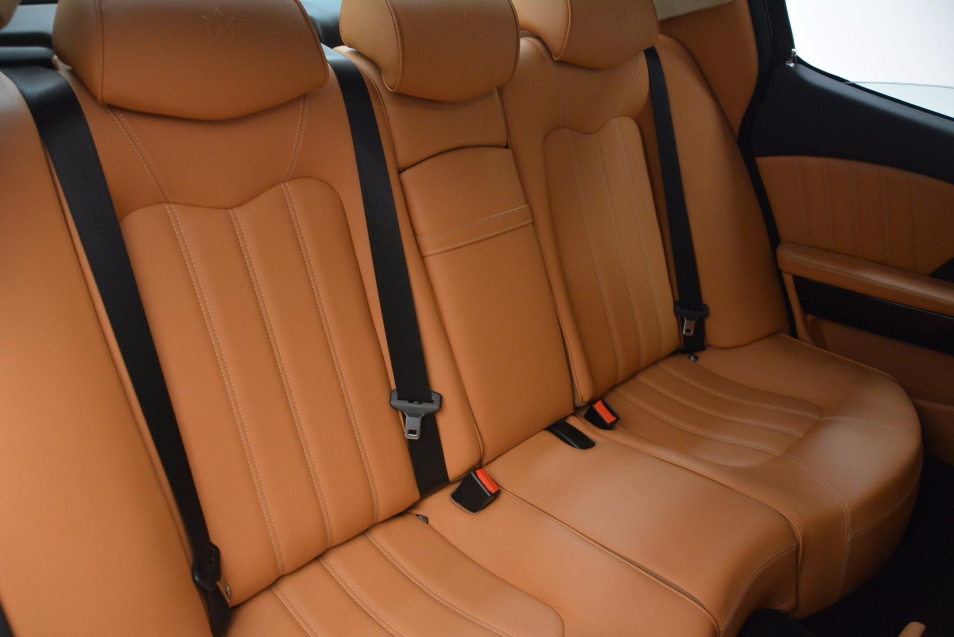 Used 2010 Maserati Quattroporte S For Sale In Greenwich, CT. Alfa Romeo of Greenwich, 7279 1551_p39