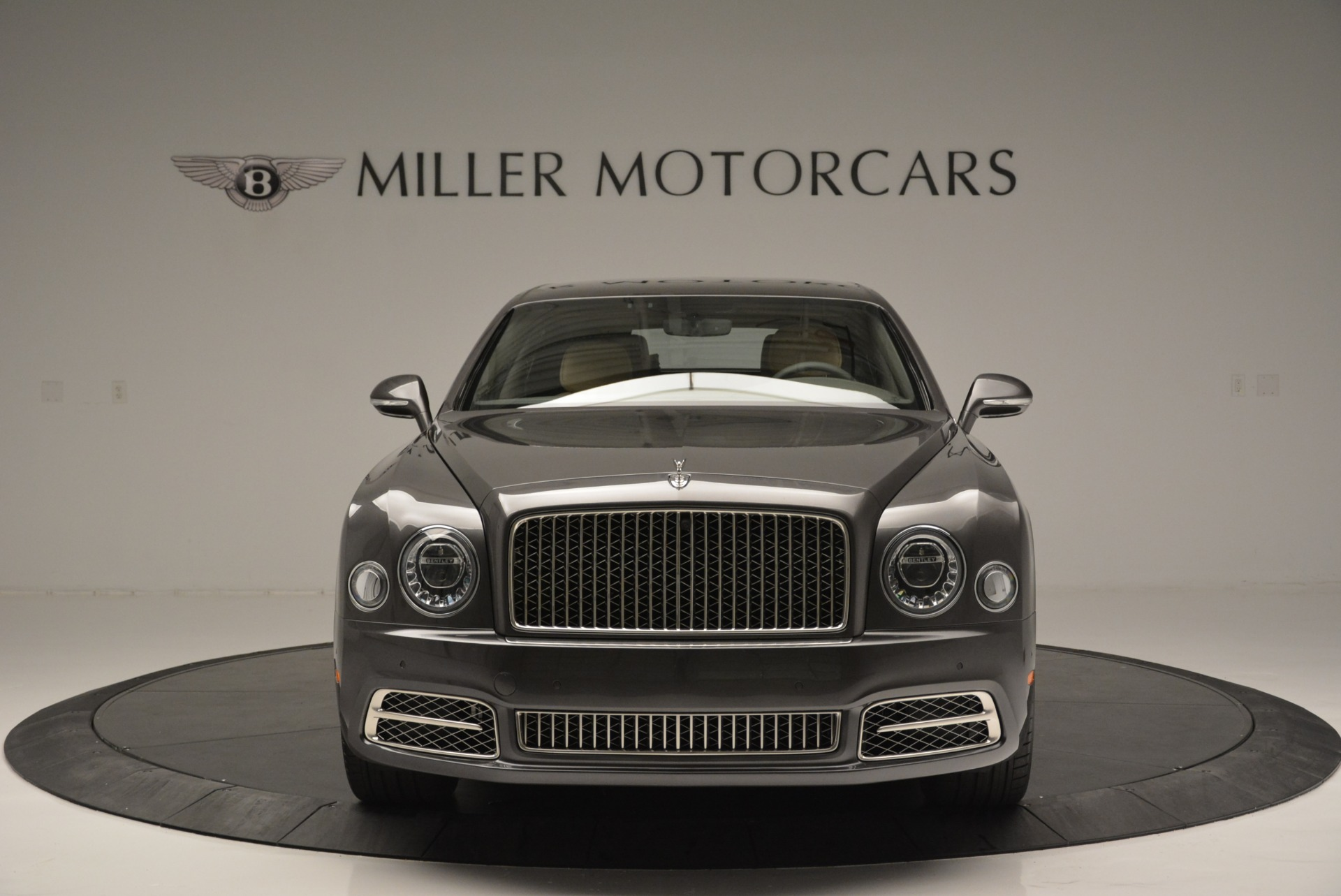 Used 2017 Bentley Mulsanne EWB For Sale In Greenwich, CT. Alfa Romeo of Greenwich, 03335 1554_p2