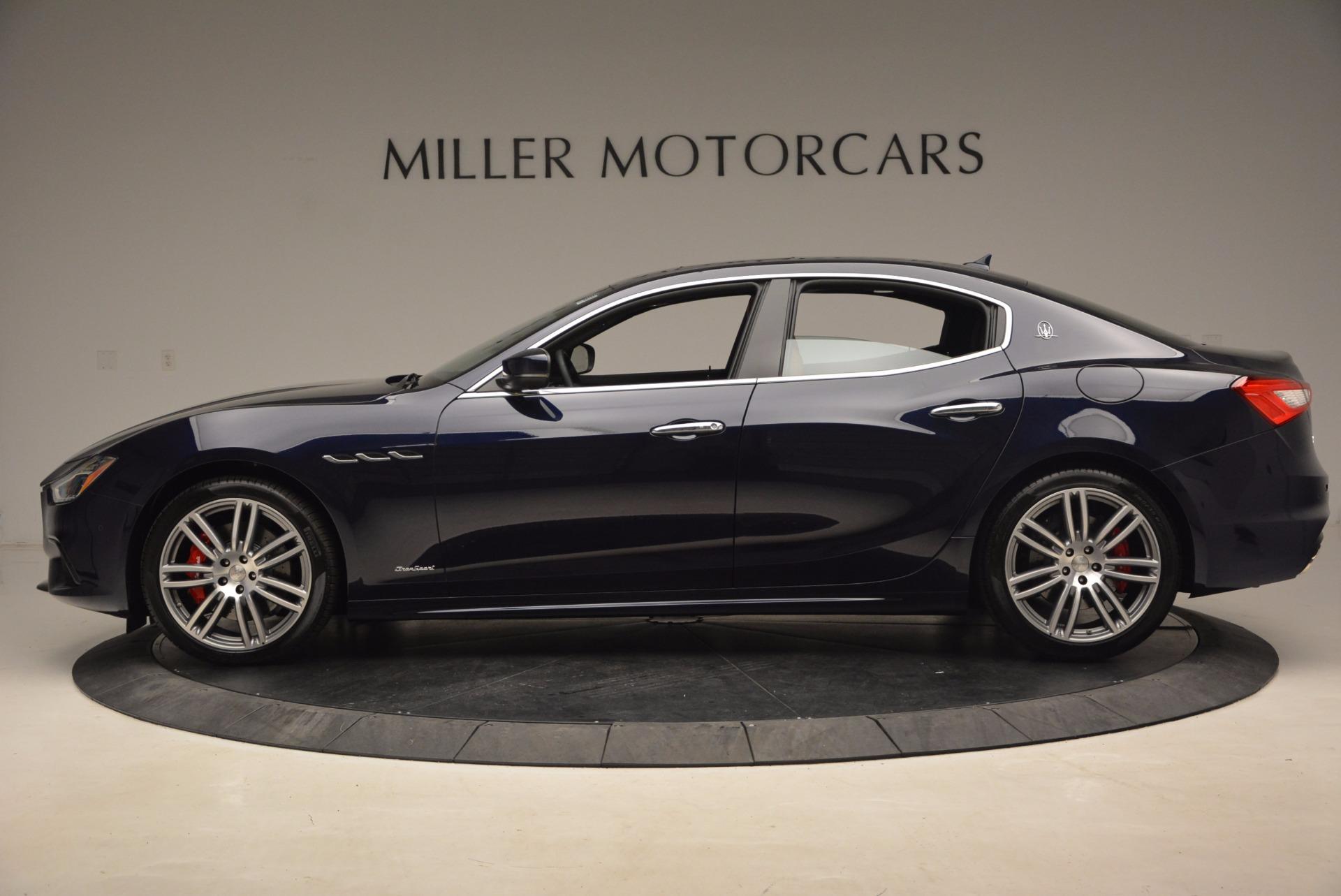 New 2018 Maserati Ghibli S Q4 Gransport For Sale In Greenwich, CT. Alfa Romeo of Greenwich, M1941 1562_p3