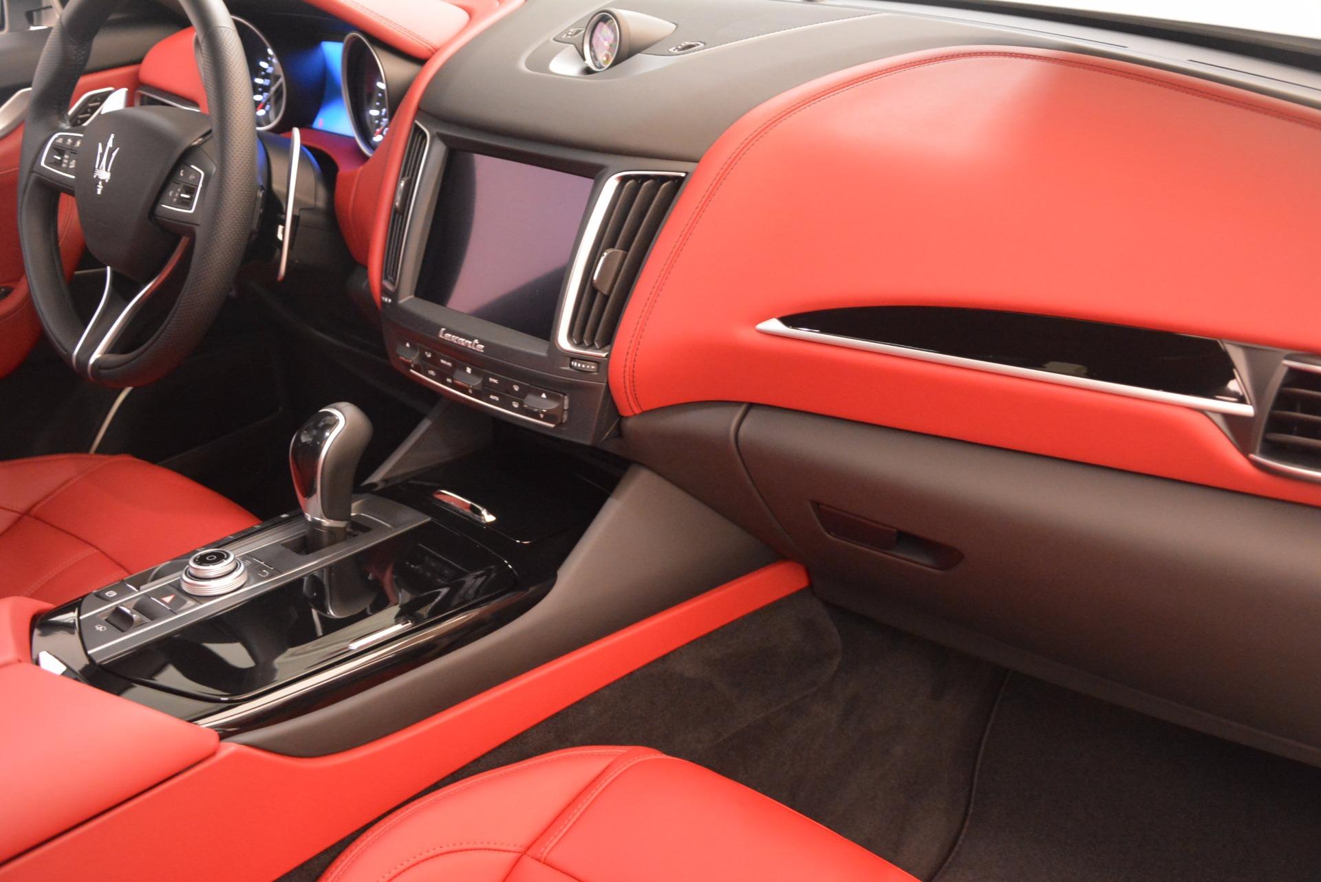New 2018 Maserati Levante Q4 GranSport For Sale In Greenwich, CT. Alfa Romeo of Greenwich, M1942 1563_p19